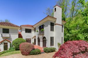 Property for sale at 3111 Kingston Pike Unit Apt 2, Knoxville,  TN 37919