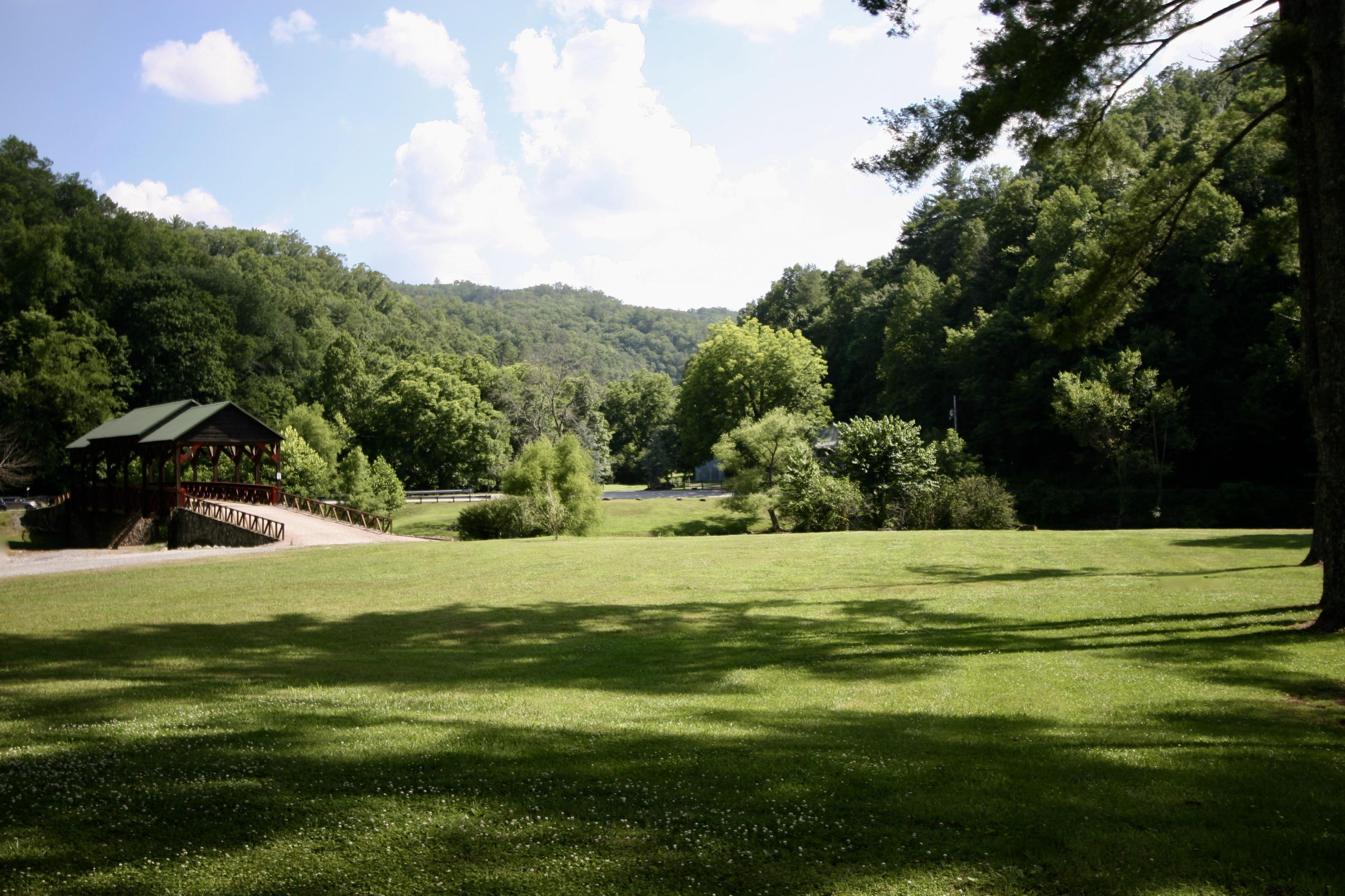 Lot # 9R- 3 Rafter- Tellico Plains- Tennessee- United States 37385, ,Lots & Acreage,For Sale,Rafter,1046590