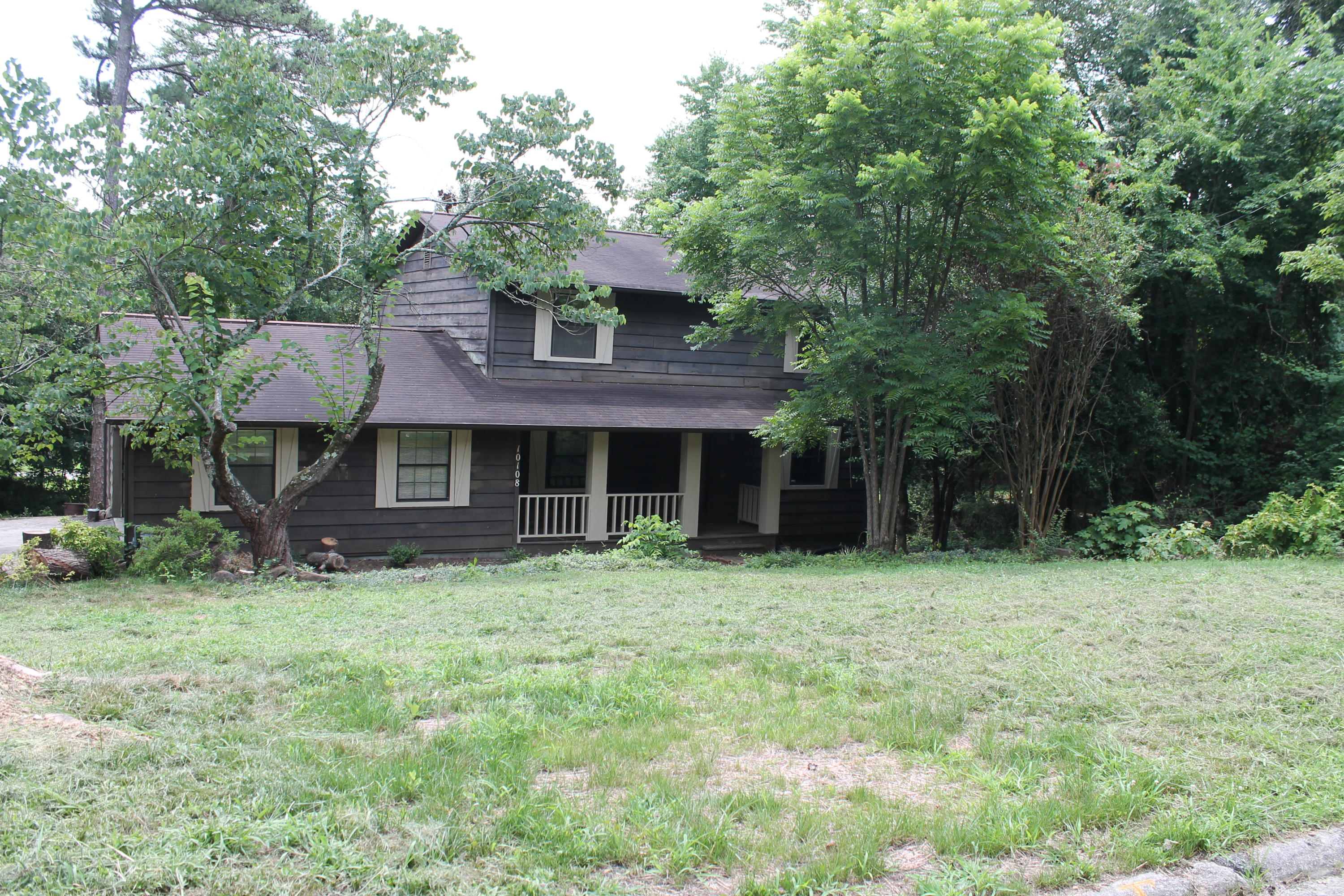 10108 LONESOME PINE DRIVE, KNOXVILLE, TN 37932