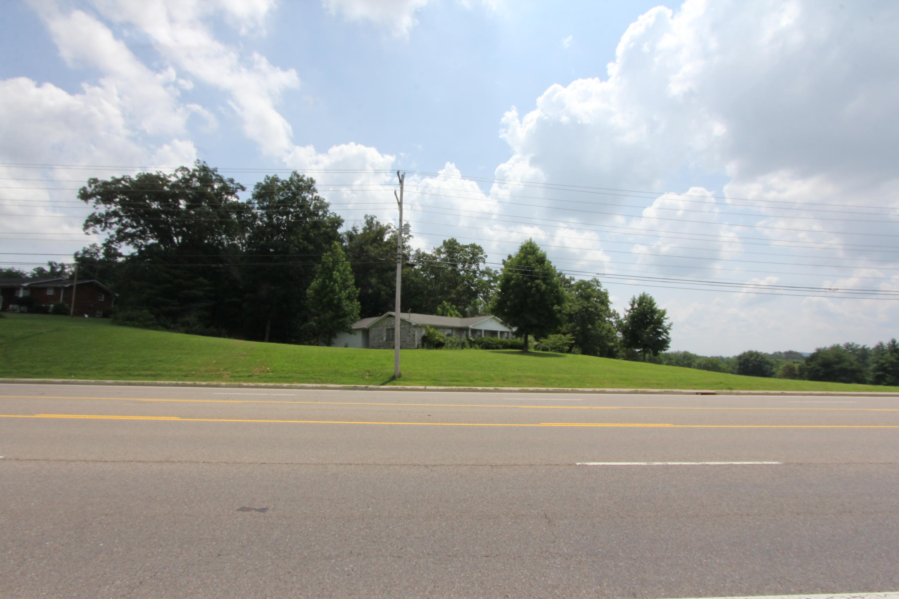 1232 Lovell, Knoxville, Tennessee, United States 37932, ,Commercial,For Sale,Lovell,1047240