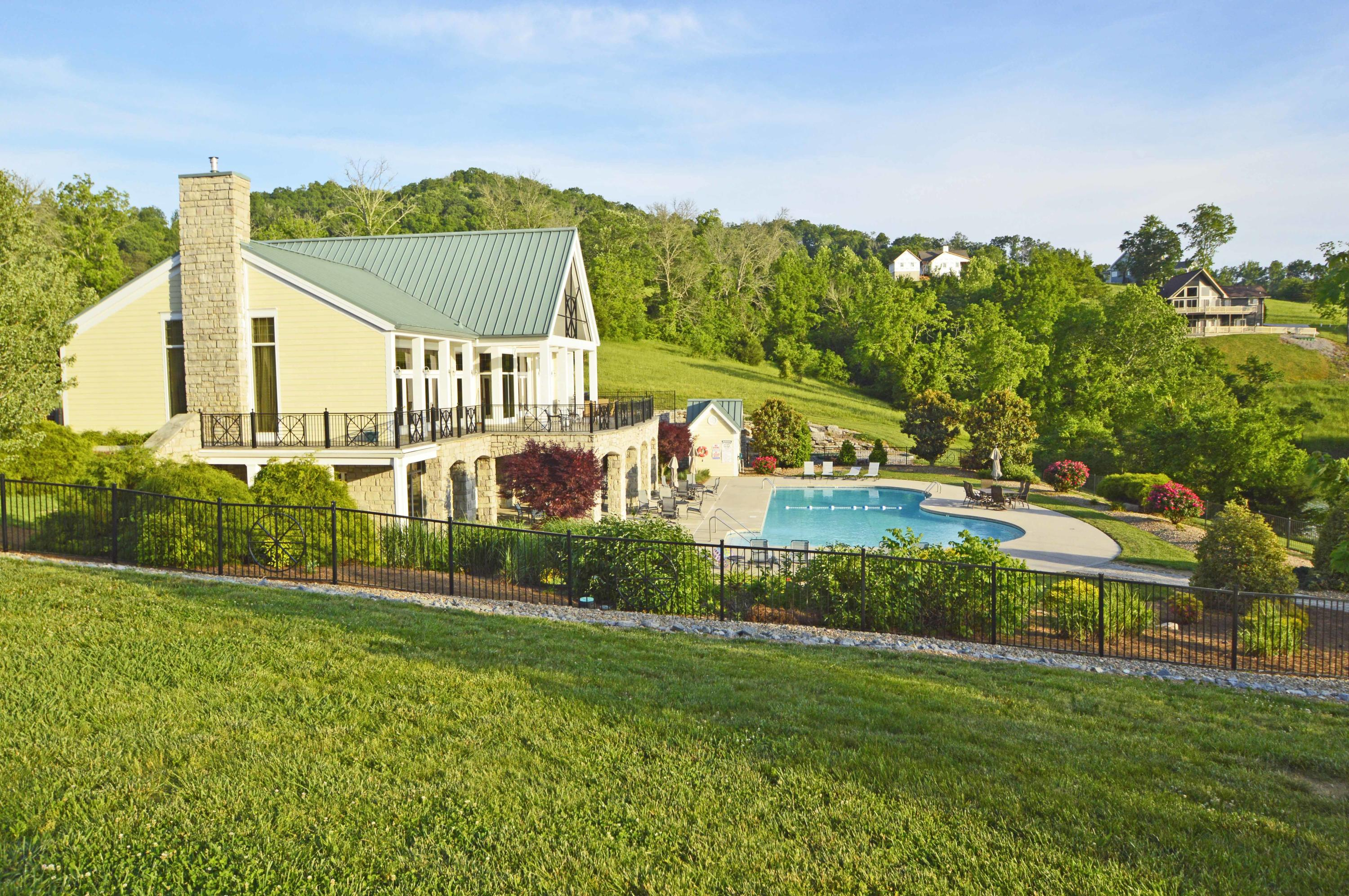 2448 Russell Brothers Rd: