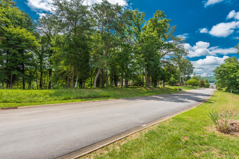 315 Conkinnon Drive: