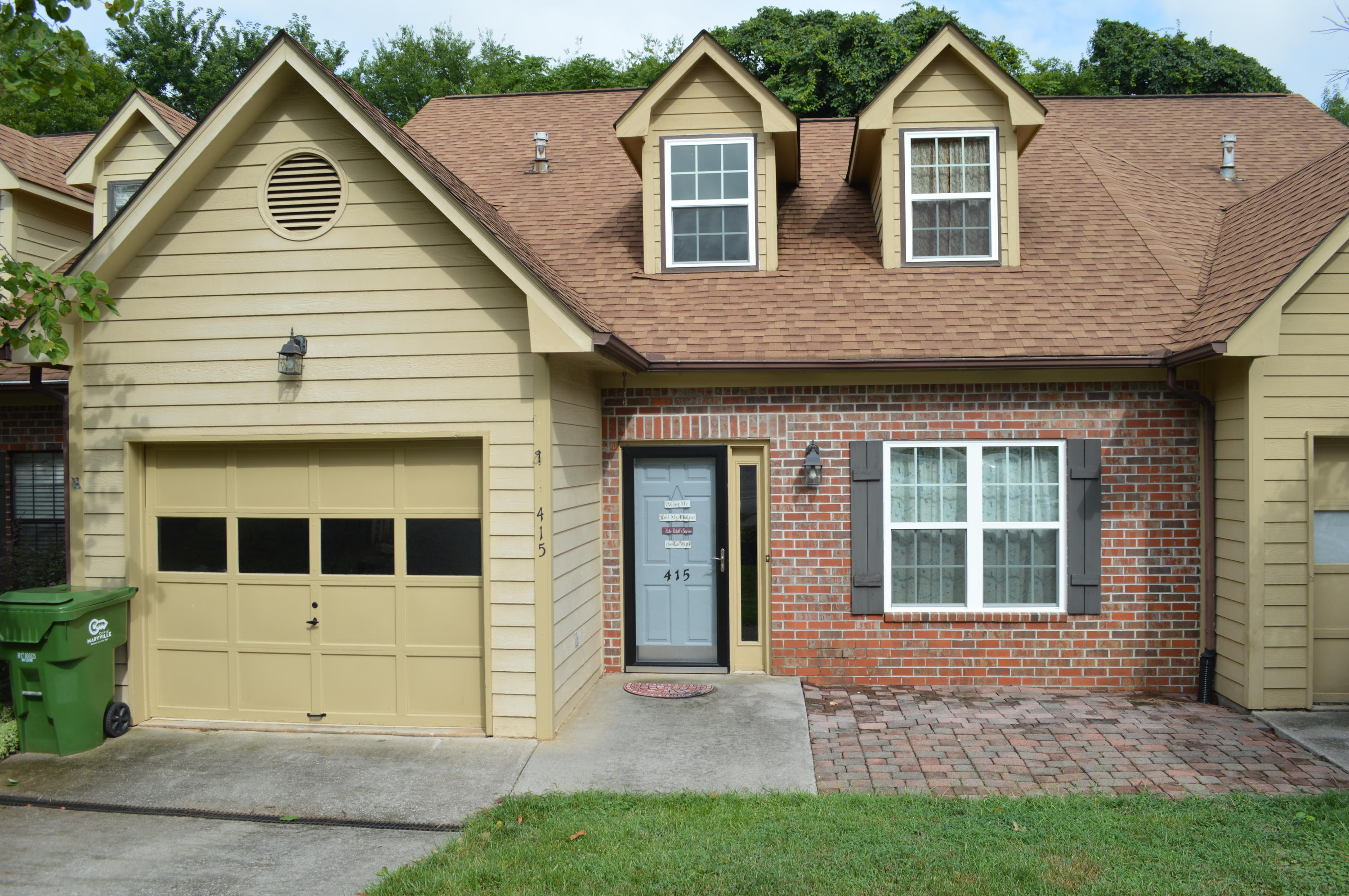 415 Bayberry, Maryville, Tennessee, United States 37803, 3 Bedrooms Bedrooms, ,3 BathroomsBathrooms,Single Family,For Sale,Bayberry,1050501