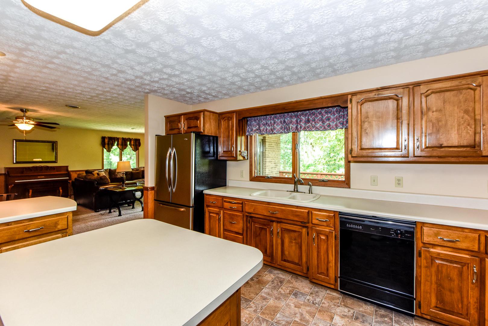632 Sunrise, Seymour, Tennessee, United States 37865, 4 Bedrooms Bedrooms, ,3 BathroomsBathrooms,Single Family,For Sale,Sunrise,1053524