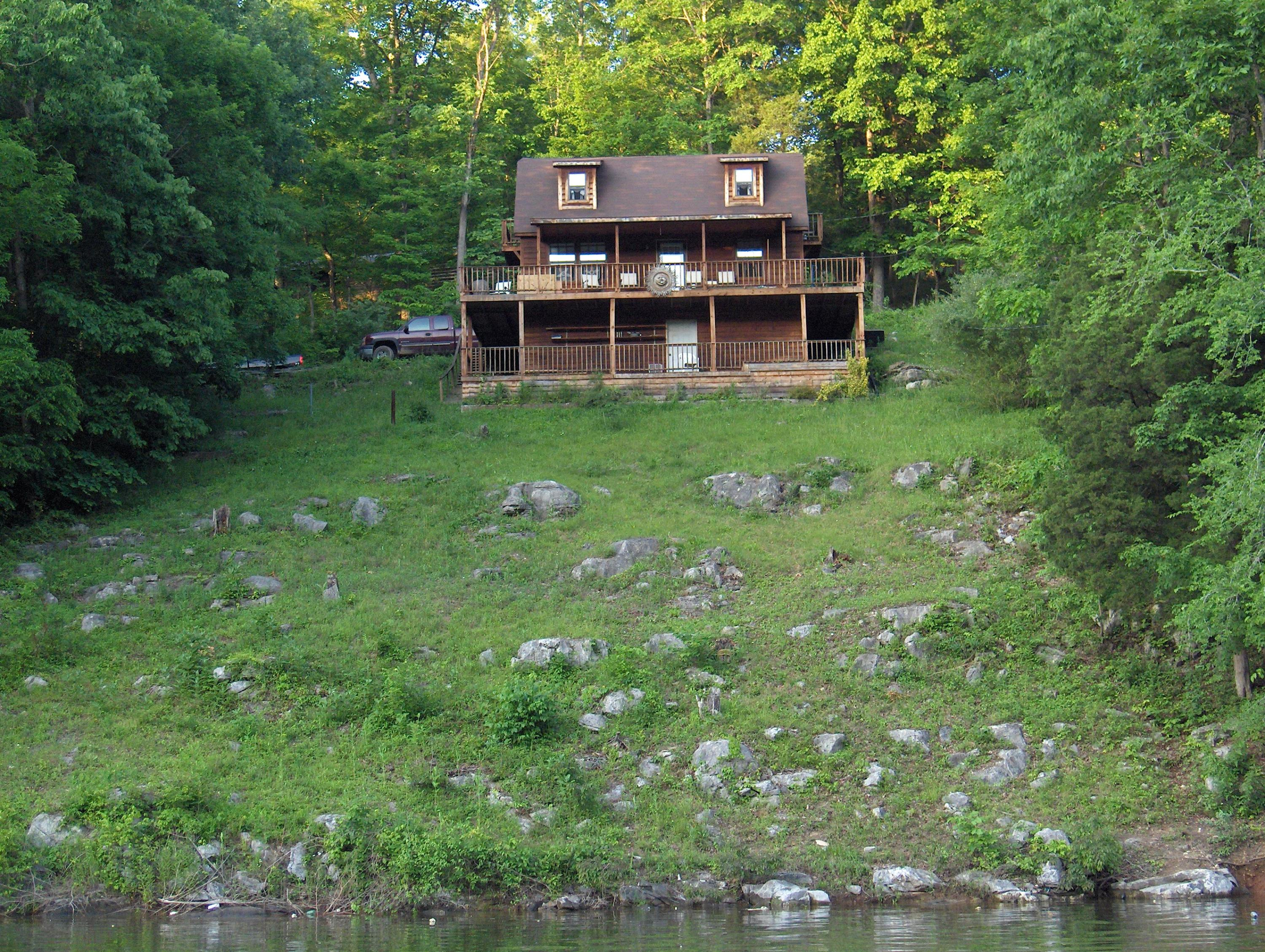 162 Lake Hollow Rd: