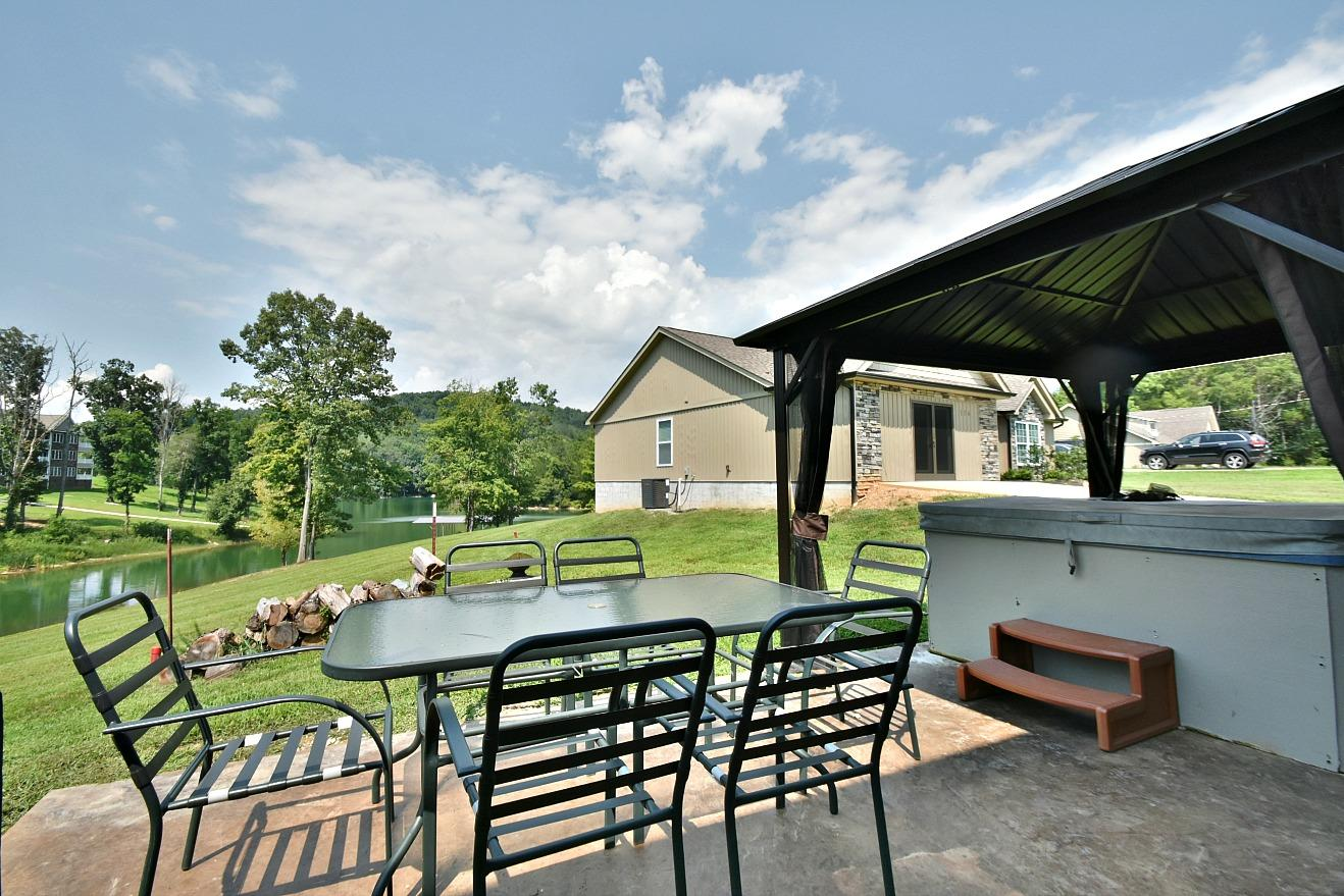 158 Hickory Valley Rd: