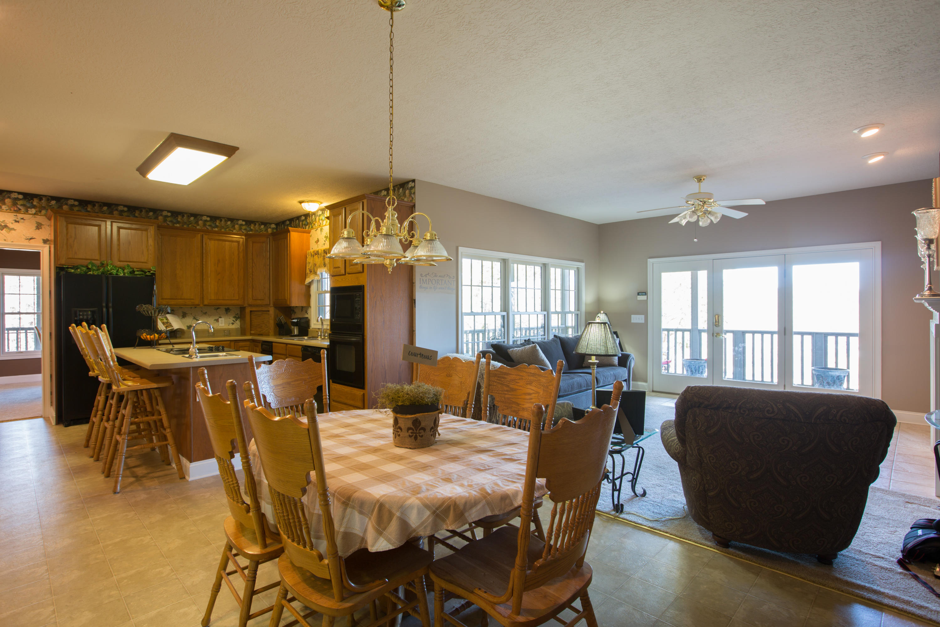 4626 French Rd: