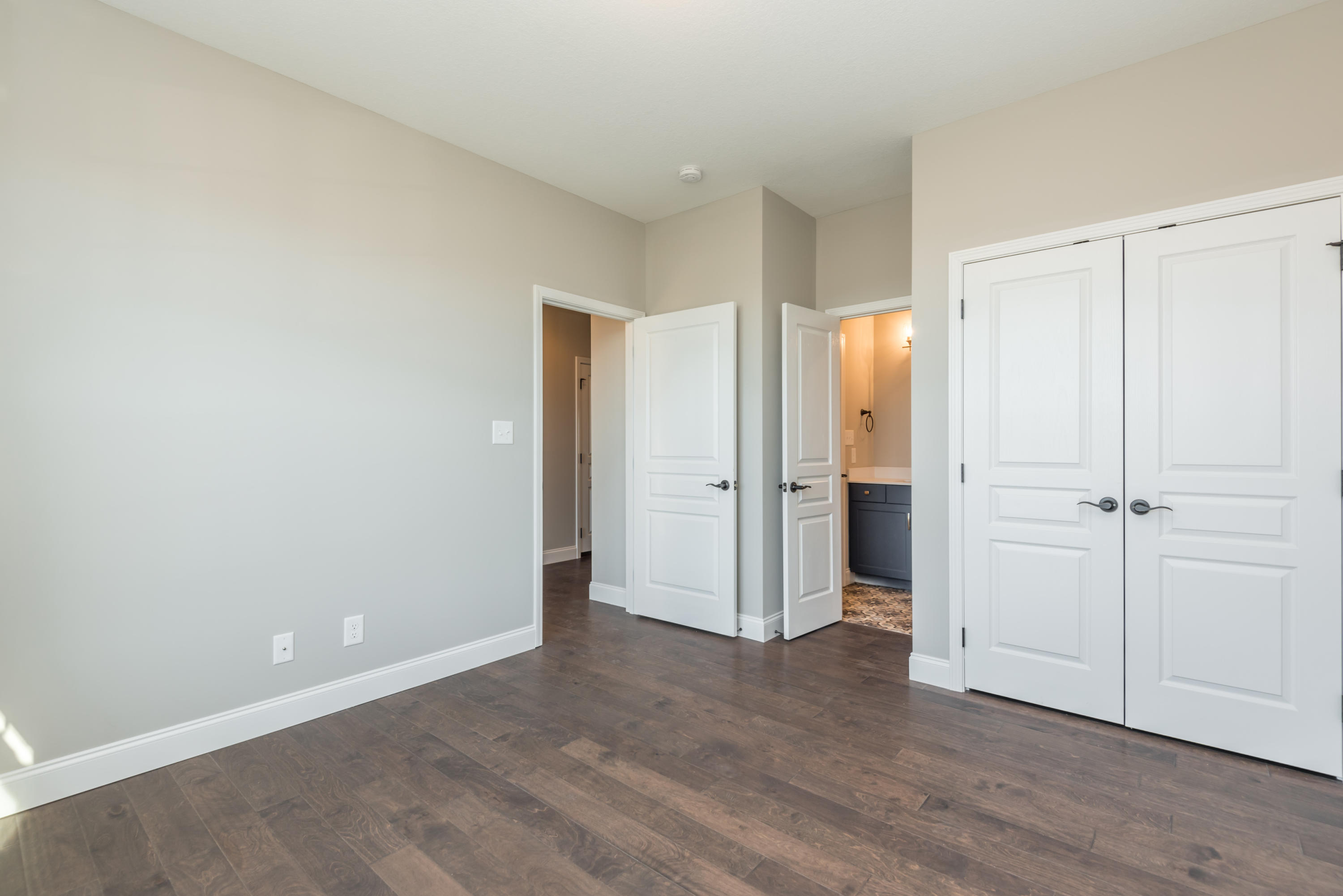 2333 Hickory Crest Lane Preview Image 4