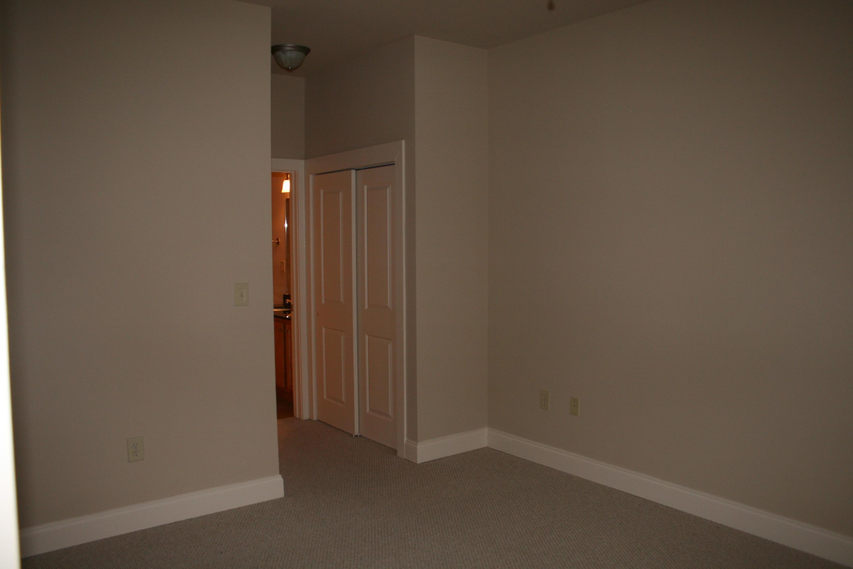 445 Blount Ave Apt 221: