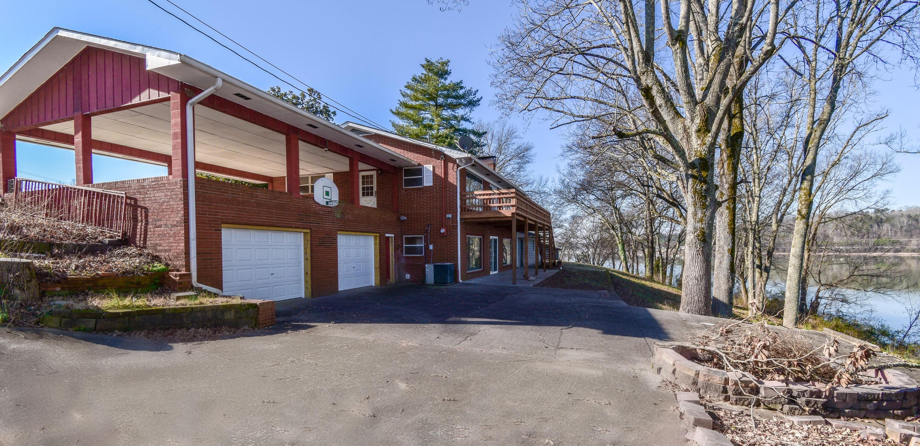 4632 Gravelly Hills Rd: