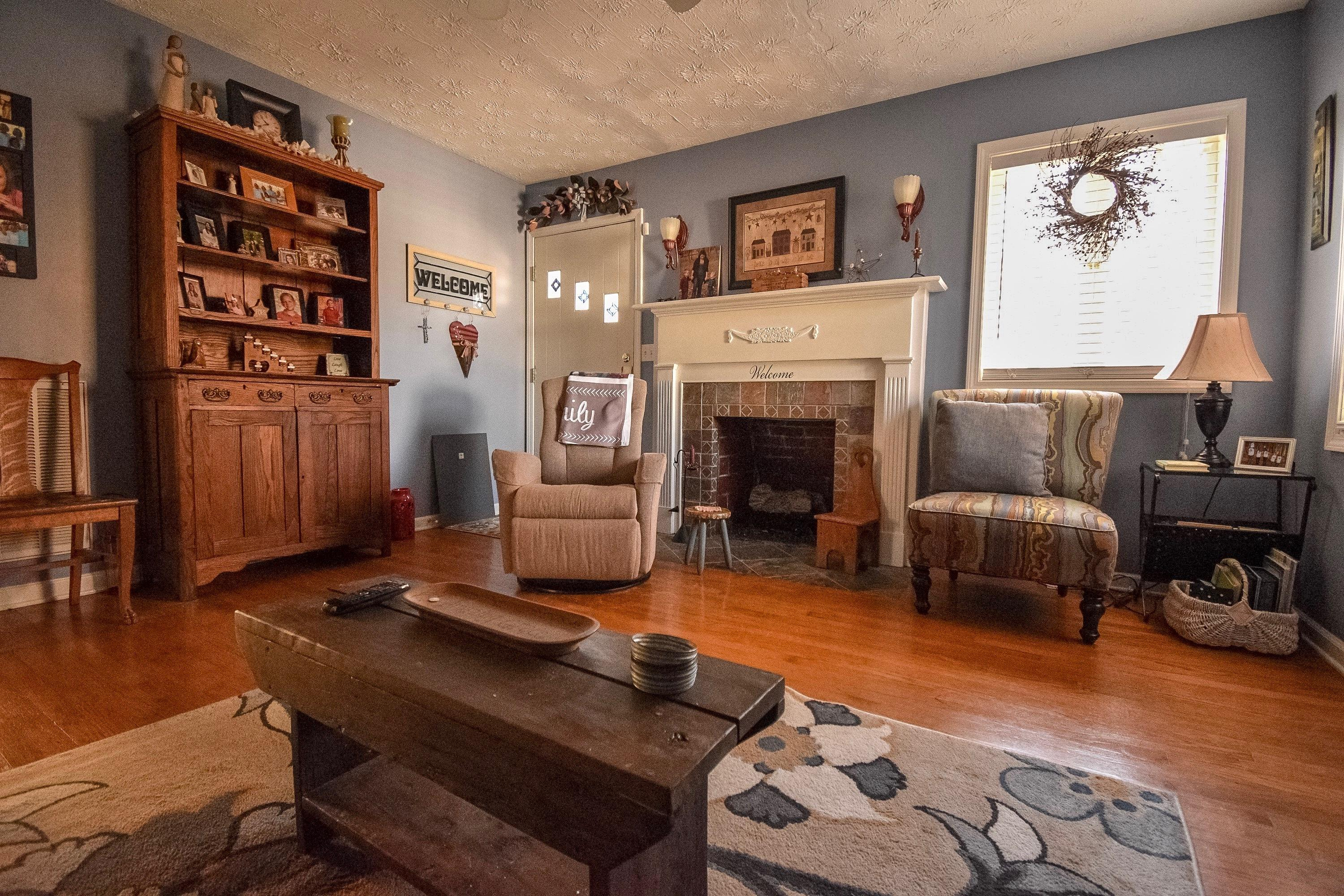 1908 Highland, Knoxville, Tennessee, United States 37918, 2 Bedrooms Bedrooms, ,2 BathroomsBathrooms,Single Family,For Sale,Highland,1068672
