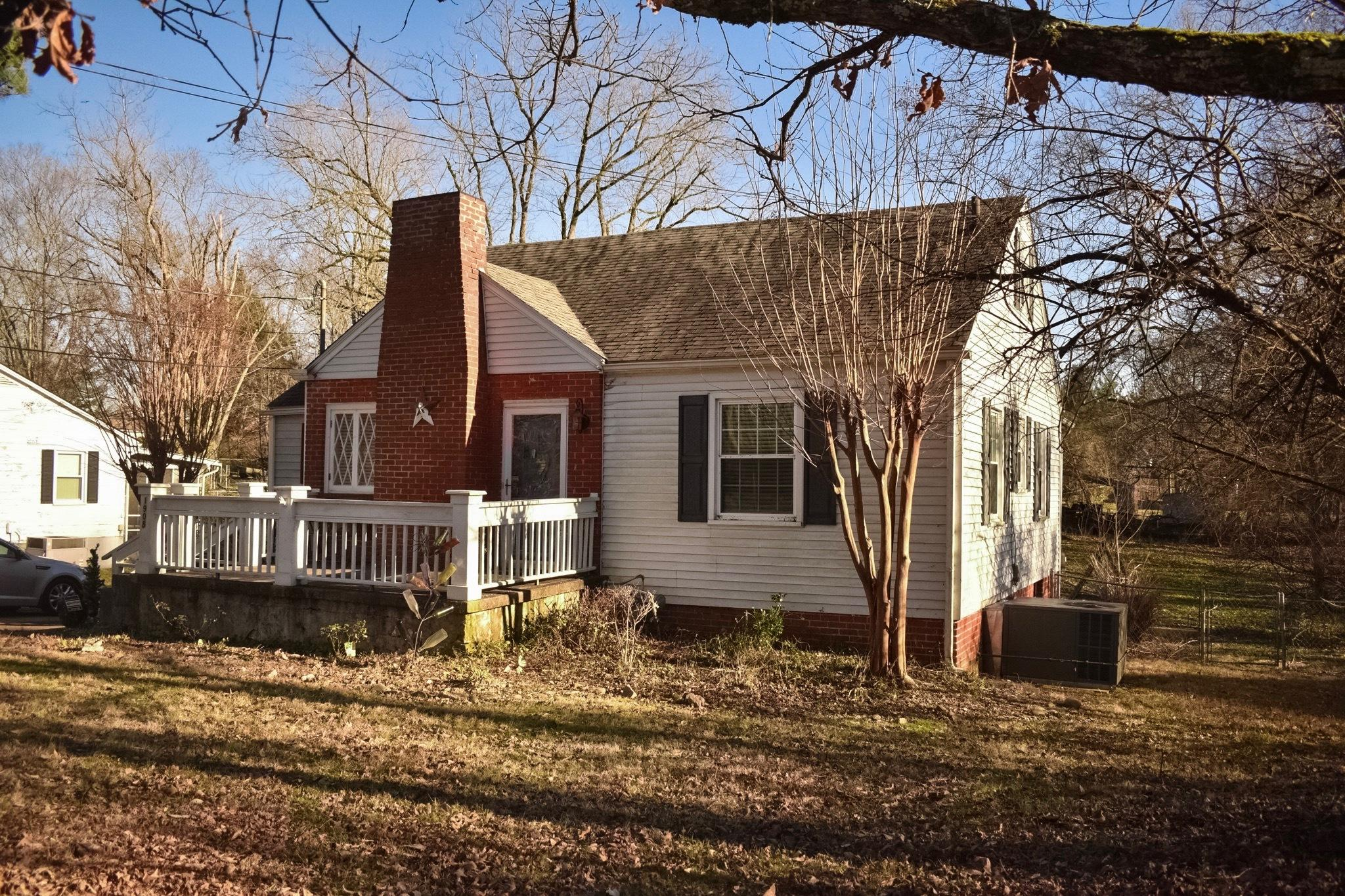 1908 Highland Drive, Knoxville, Tennessee 37918, 2 Bedrooms Bedrooms, ,2 BathroomsBathrooms,Single Family,For Sale,Highland,1068672