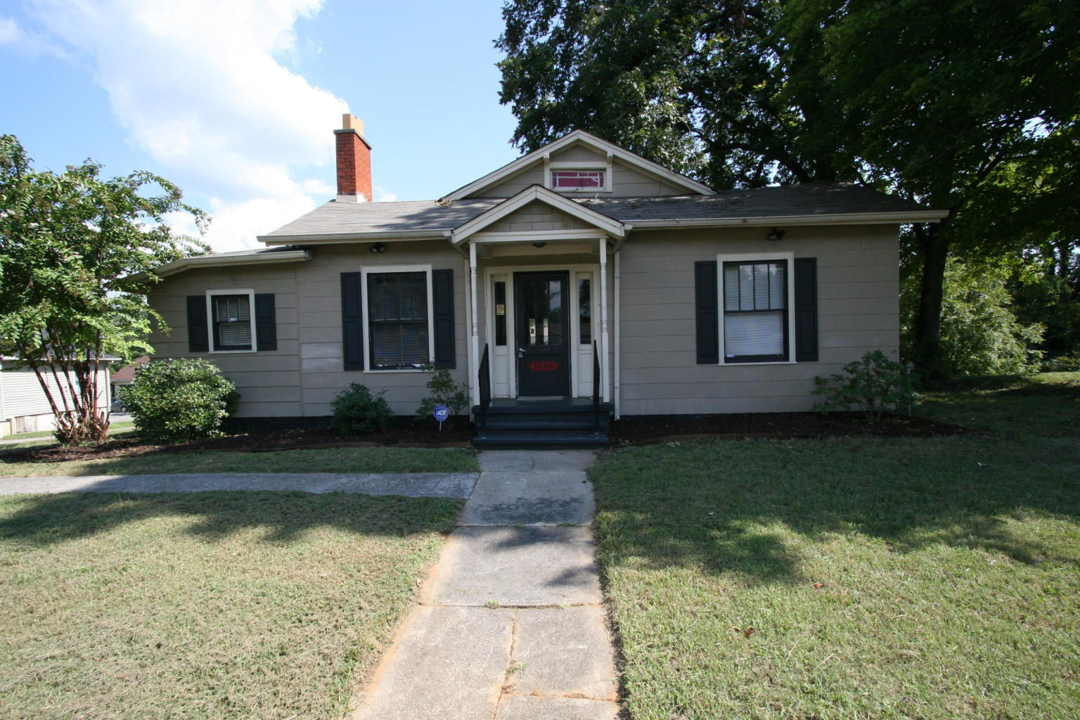 1010 Broadway Ave, Maryville, Tennessee 37801, ,Commercial,For Sale,Broadway,1069030
