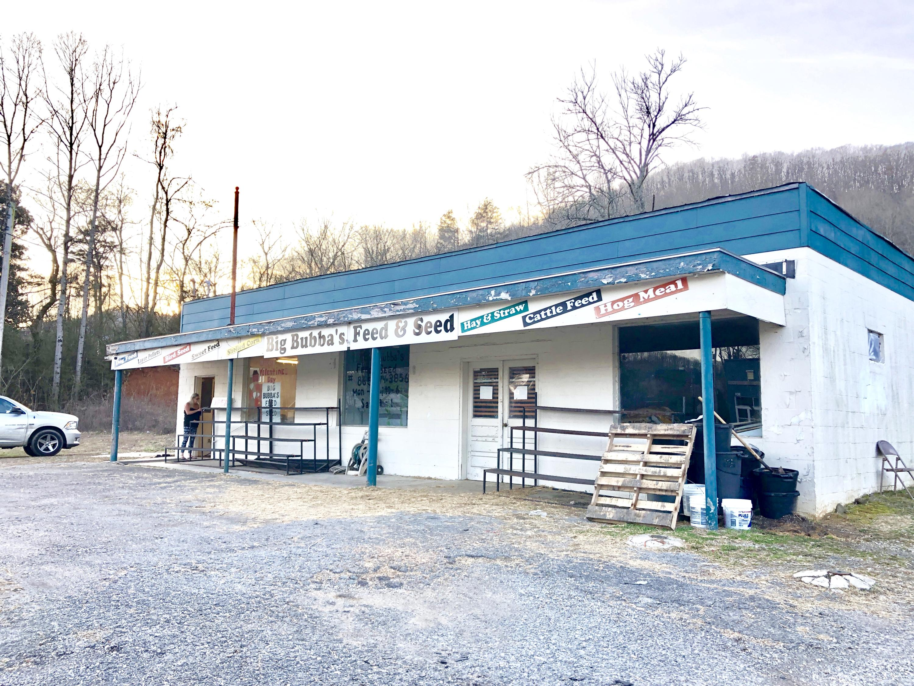 904 Tri County Blvd Blvd, Oliver Springs, Tennessee 37840, ,Commercial,For Sale,Tri County Blvd,1070058