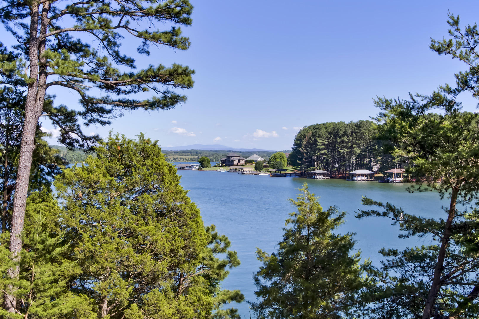 102 Coyatee Point Drive:
