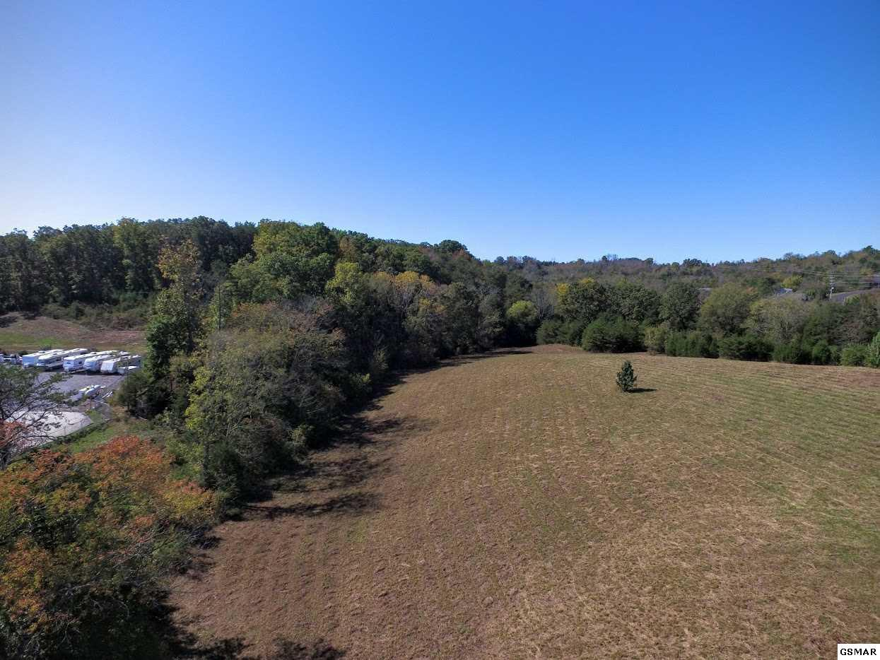 Tract B Veterans Blvd, Sevierville, Tennessee 37862, ,Commercial,For Sale,B Veterans,1072019