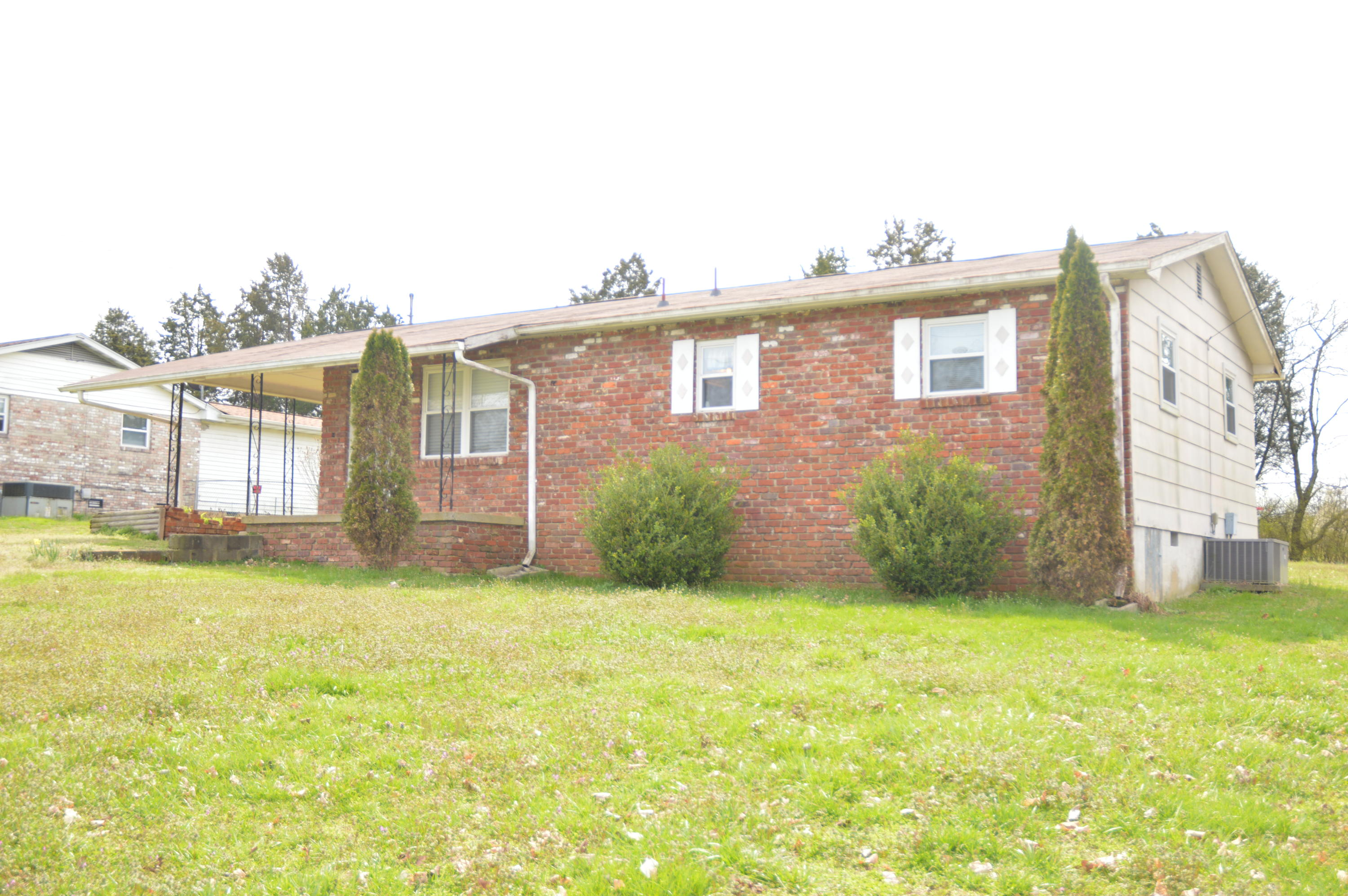 223 Humphrey, Seymour, Tennessee, United States 37865, 2 Bedrooms Bedrooms, ,1 BathroomBathrooms,Single Family,For Sale,Humphrey,1073047