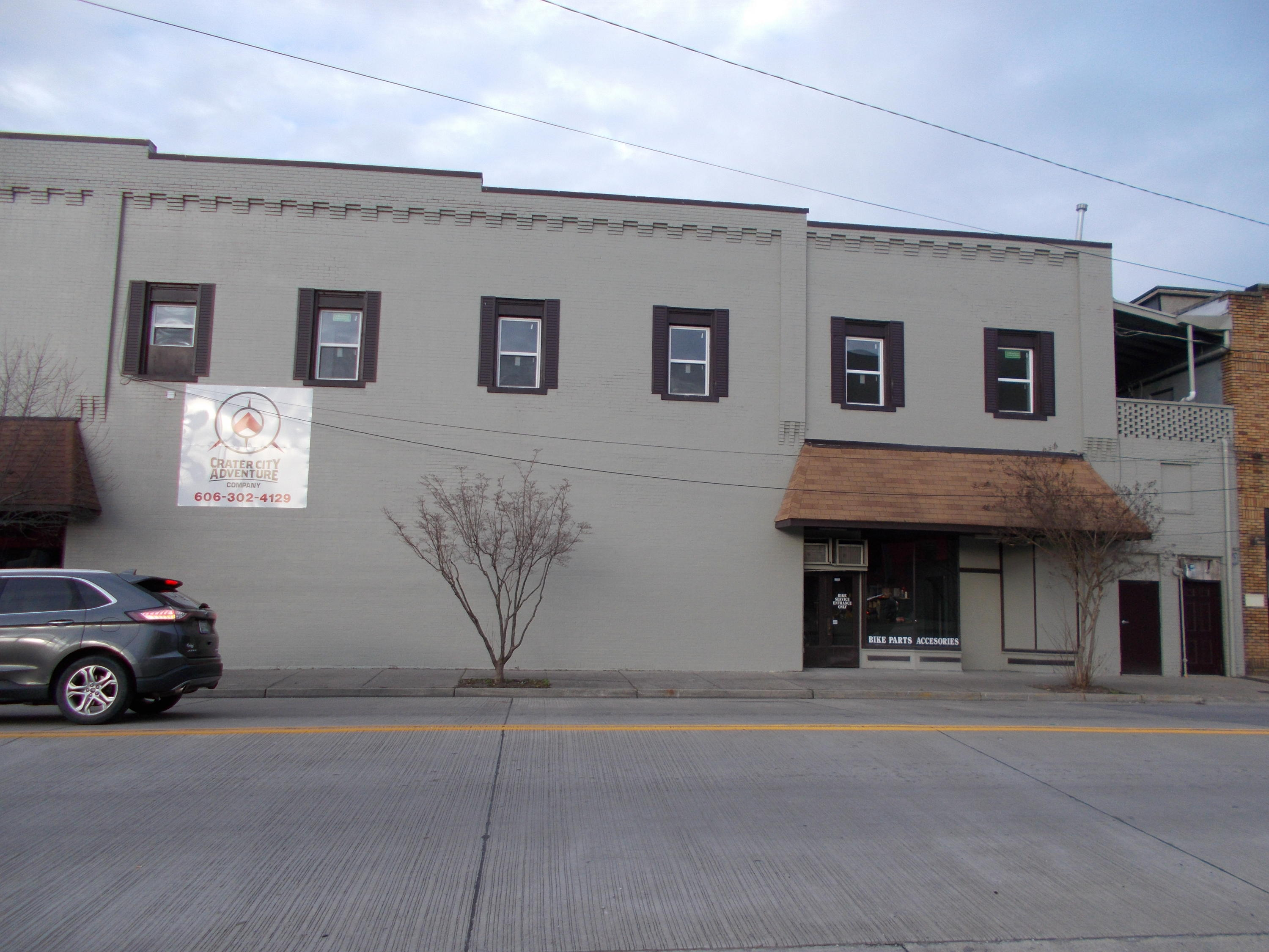 1902 Cumberland Ave, Middlesboro, Kentucky 40965, ,Commercial,For Sale,Cumberland,1072770