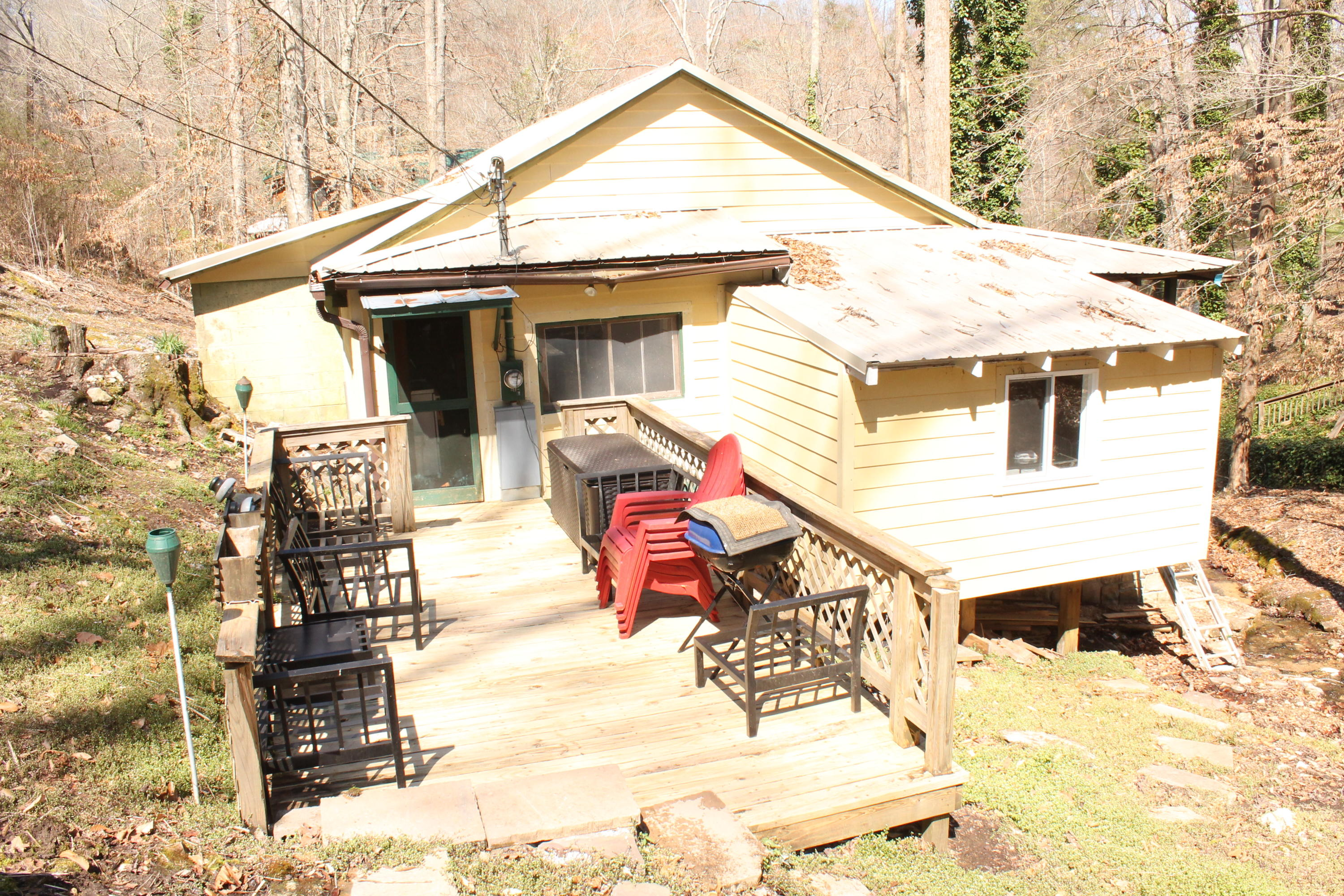 169 Summers Rd, Maynardville, Tennessee 37807, 3 Bedrooms Bedrooms, ,1 BathroomBathrooms,Single Family,For Sale,Summers,1074300