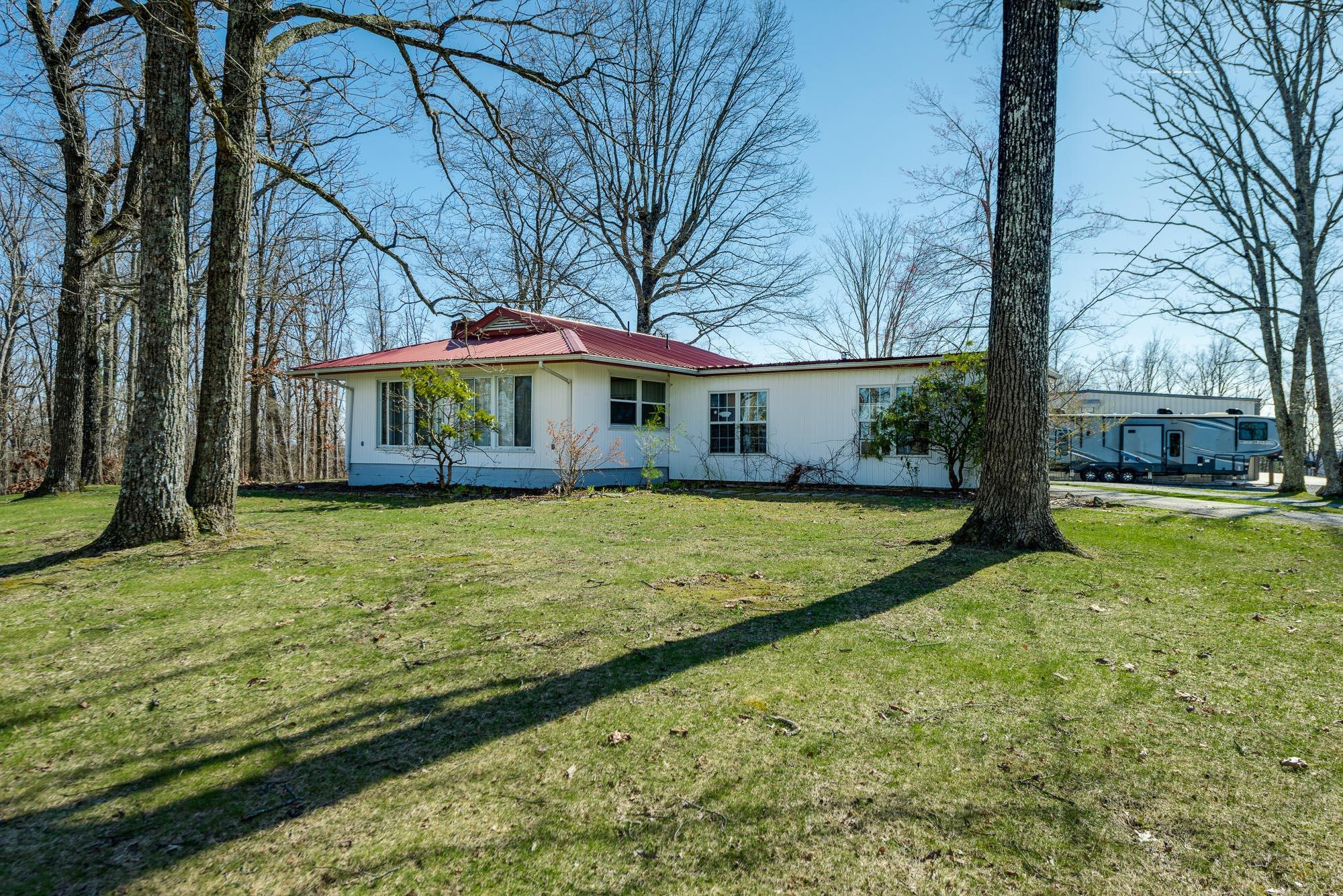 1079 Bristow, Crossville, Tennessee, United States 38571, 2 Bedrooms Bedrooms, ,1 BathroomBathrooms,Single Family,For Sale,Bristow,1074148
