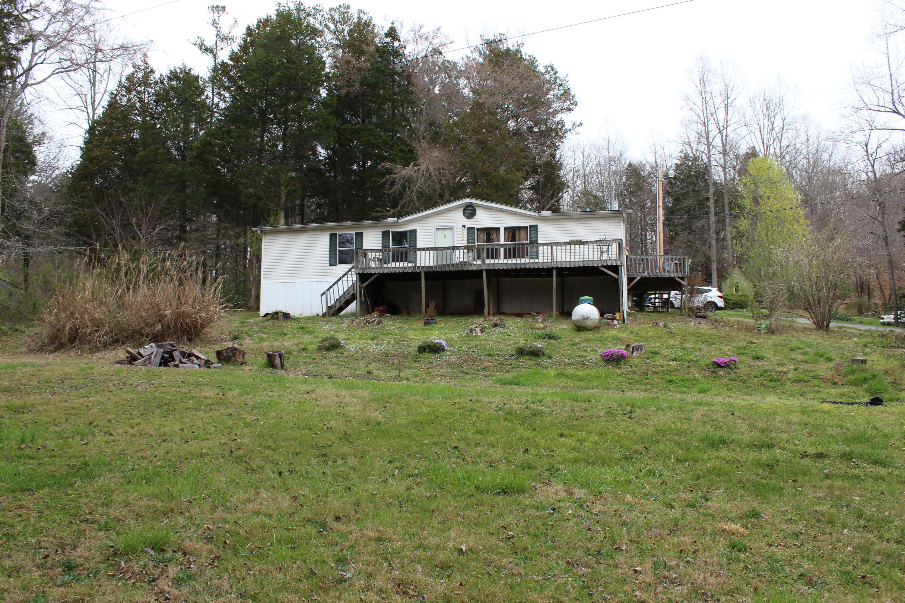 429 Old Leadmine Bend Rd, Sharps Chapel, Tennessee 37866, 3 Bedrooms Bedrooms, ,2 BathroomsBathrooms,Single Family,For Sale,Old Leadmine Bend,1074724