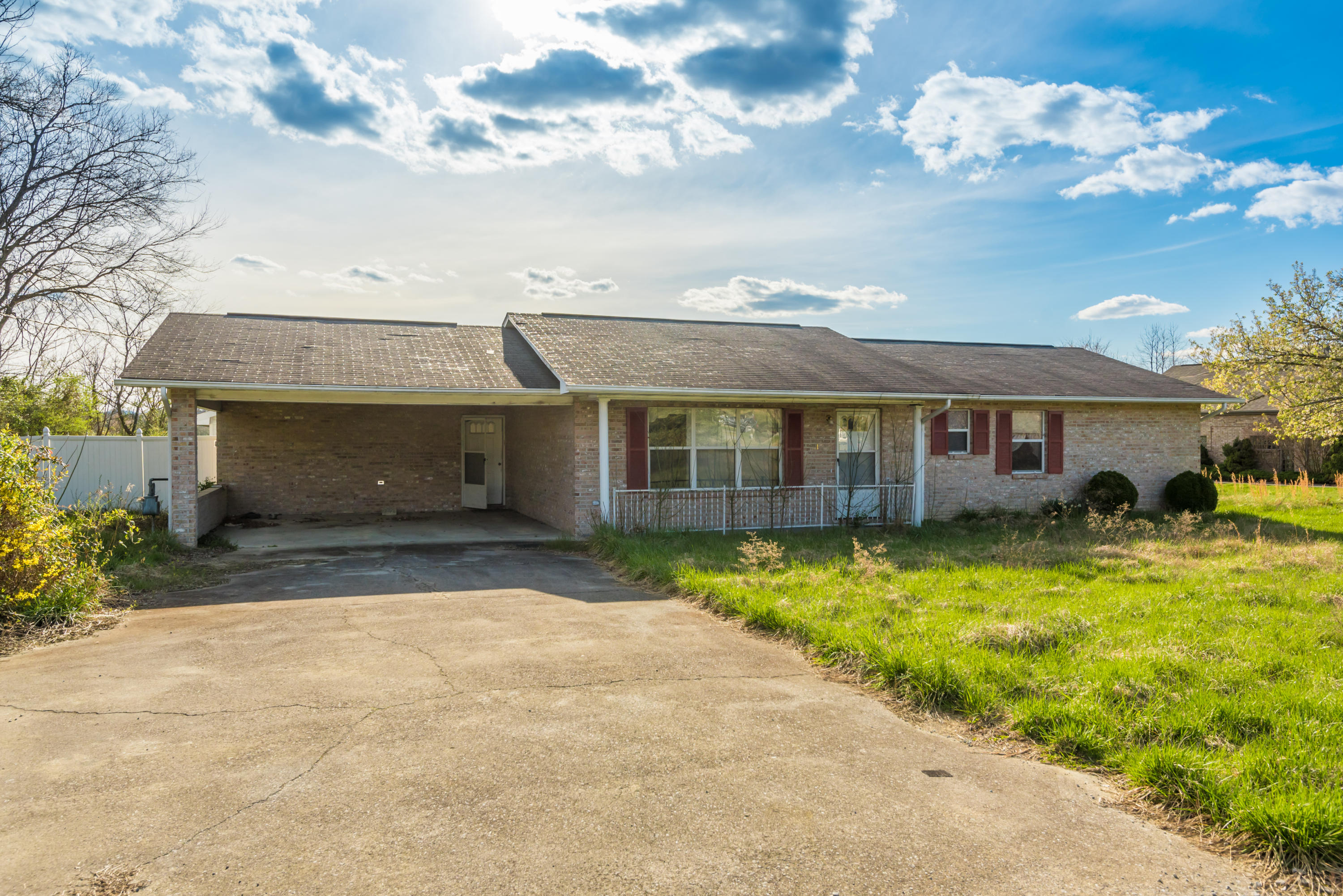 815 Middle Creek Rd, Sevierville, Tennessee 37862, ,Commercial,For Sale,Middle Creek,1075035