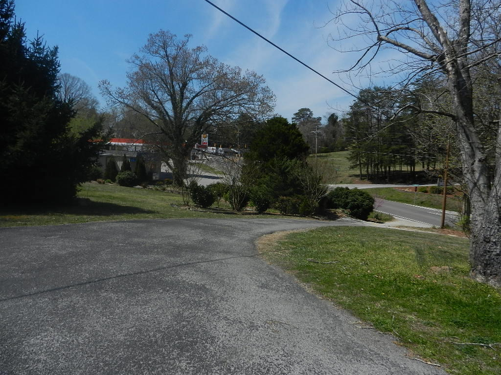 1217 Race St St, Kingston, Tennessee 37763, ,Commercial,For Sale,Race St,1075605