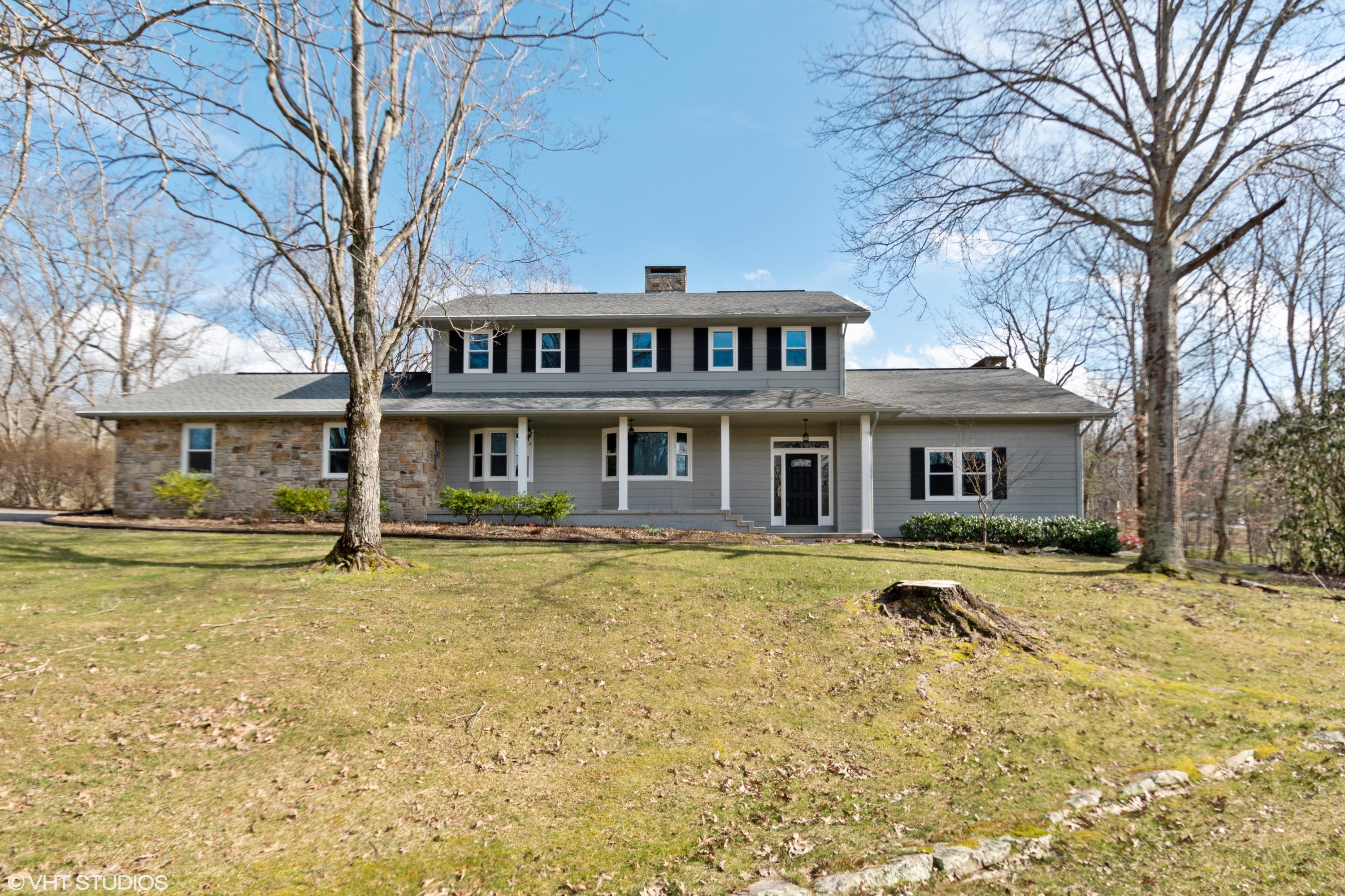 25 Cloverdale Circle, Crossville, Tennessee 38558, 4 Bedrooms Bedrooms, ,3 BathroomsBathrooms,Single Family,For Sale,Cloverdale,1075716