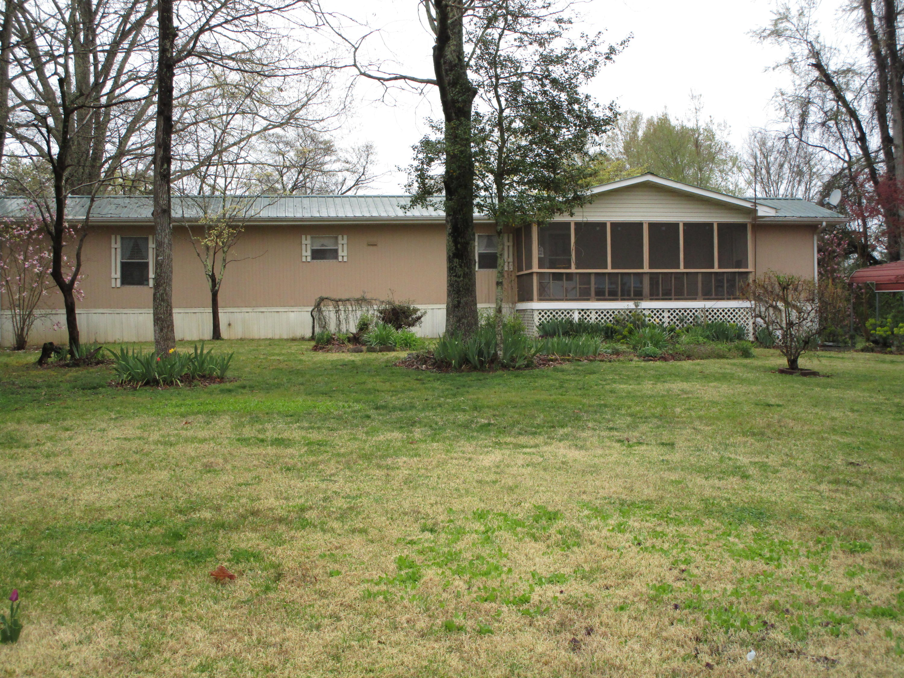 381 Blue Springs Circle, Ten Mile, Tennessee 37880, 3 Bedrooms Bedrooms, ,2 BathroomsBathrooms,Single Family,For Sale,Blue Springs,1075675
