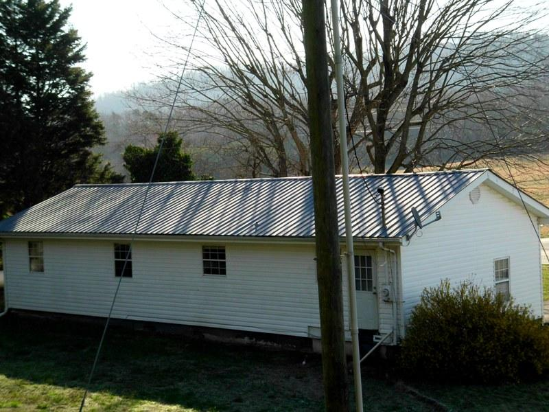 400 Reliance Rd, Tellico Plains, Tennessee 37385, 3 Bedrooms Bedrooms, ,2 BathroomsBathrooms,Single Family,For Sale,Reliance,1076172