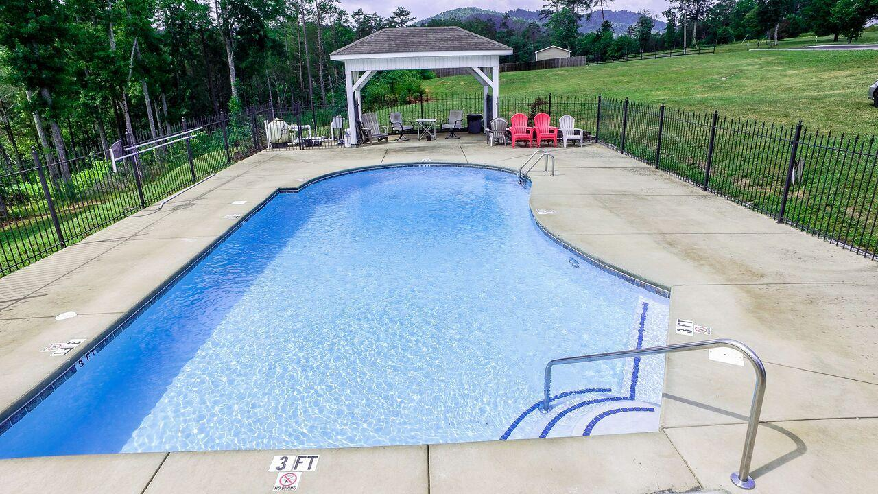 190 Hickory Valley #232 Rd: