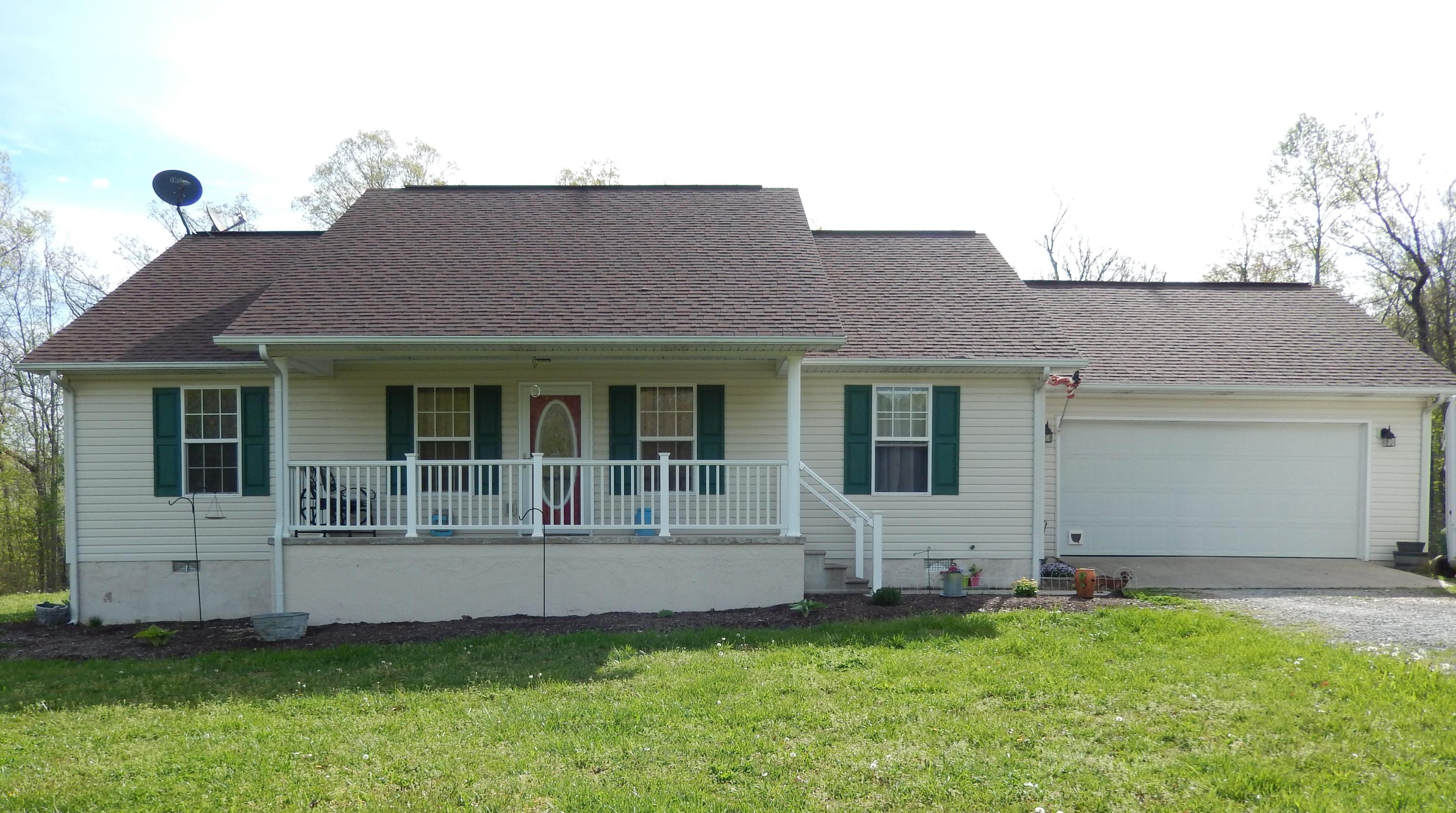794 Wallace, Grimsley, Tennessee, United States 38565, 3 Bedrooms Bedrooms, ,2 BathroomsBathrooms,Single Family,For Sale,Wallace,1077593