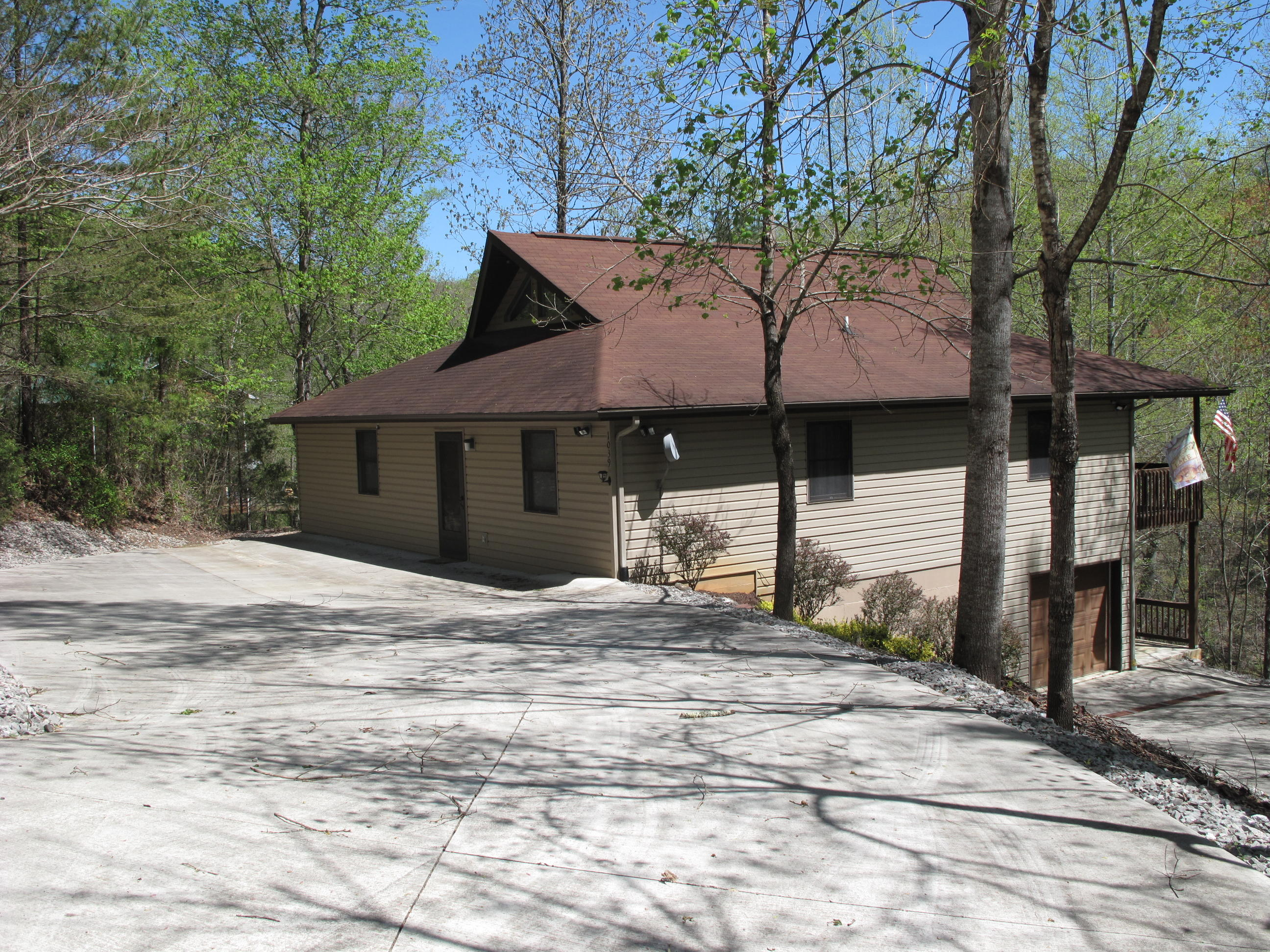 1039 Big Creek Rd: