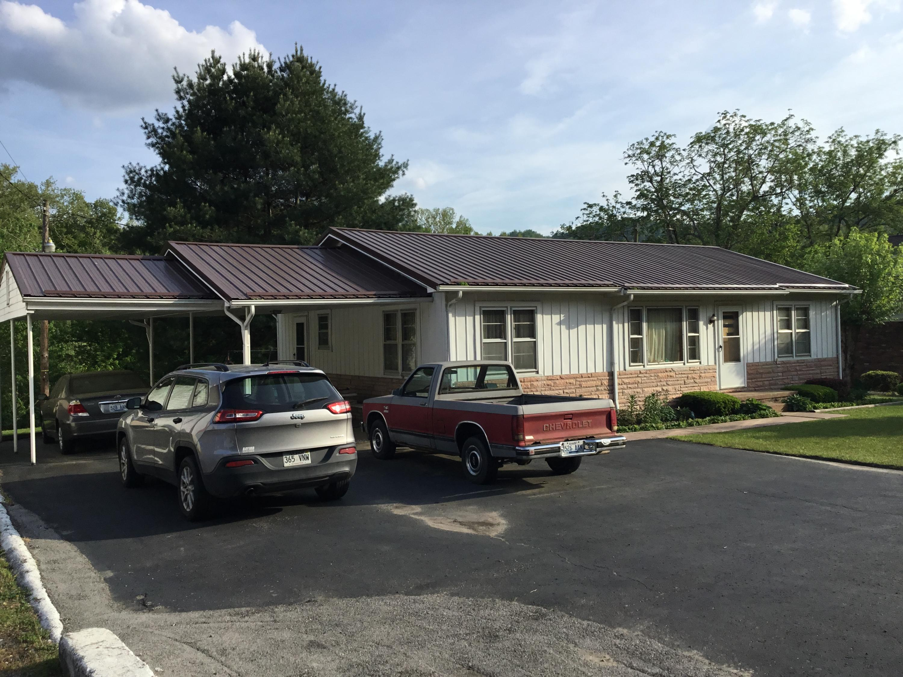 3100 Us Hwy 119, Pineville, Kentucky, United States 40977, 3 Bedrooms Bedrooms, ,1 BathroomBathrooms,Single Family,For Sale,Us Hwy 119,1078794