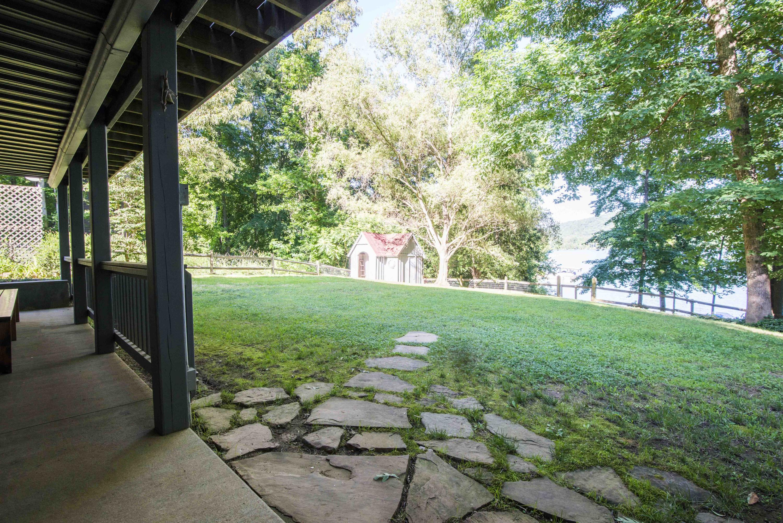 129 Trails End: