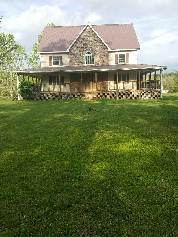 515 Henry Rd, Sunbright, Tennessee 37872, 5 Bedrooms Bedrooms, ,2 BathroomsBathrooms,Single Family,For Sale,Henry,1079471