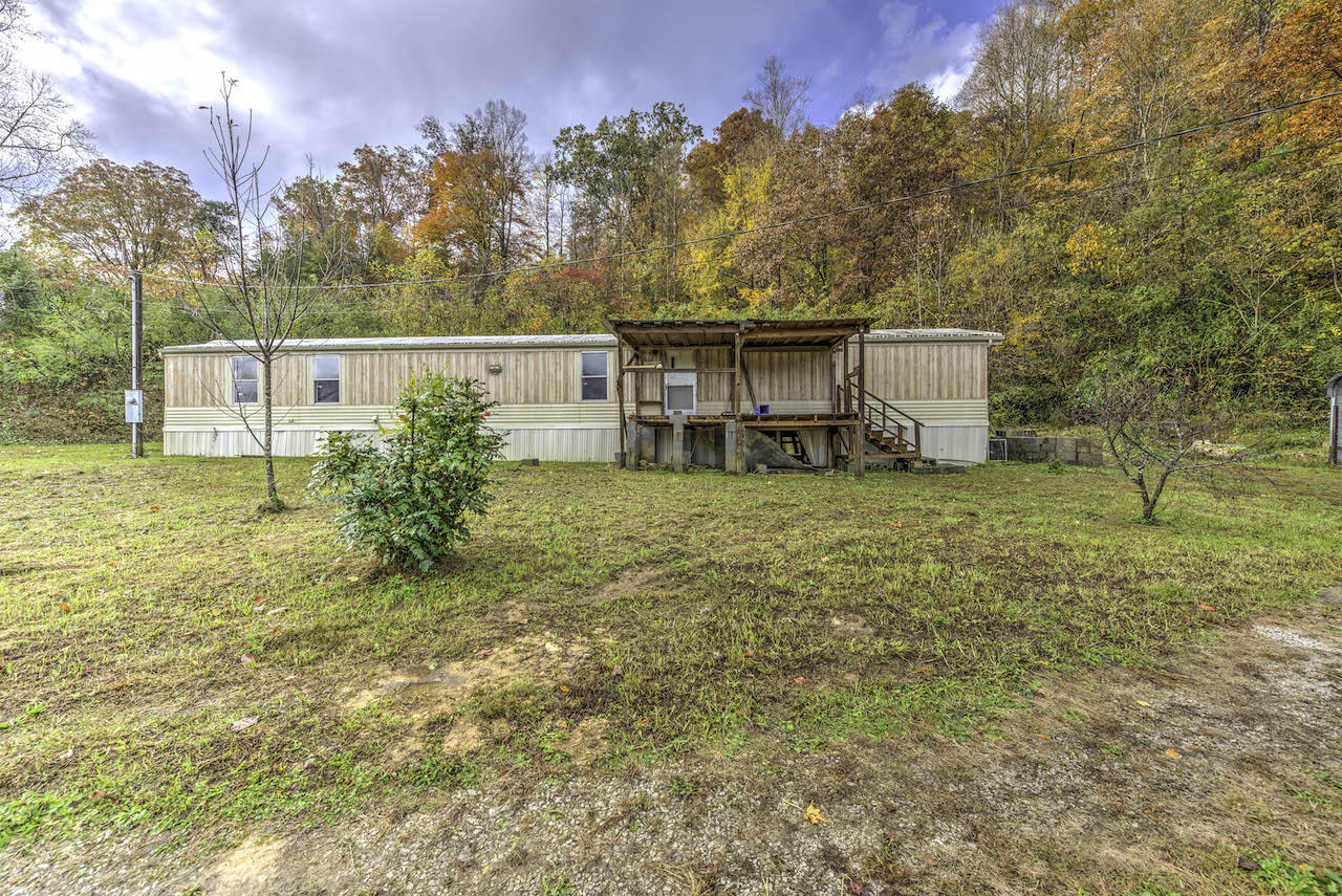 1288 Maiden Lane- Jellico- Tennessee 37762, 3 Bedrooms Bedrooms, ,2 BathroomsBathrooms,Single Family,For Sale,Maiden,1079919