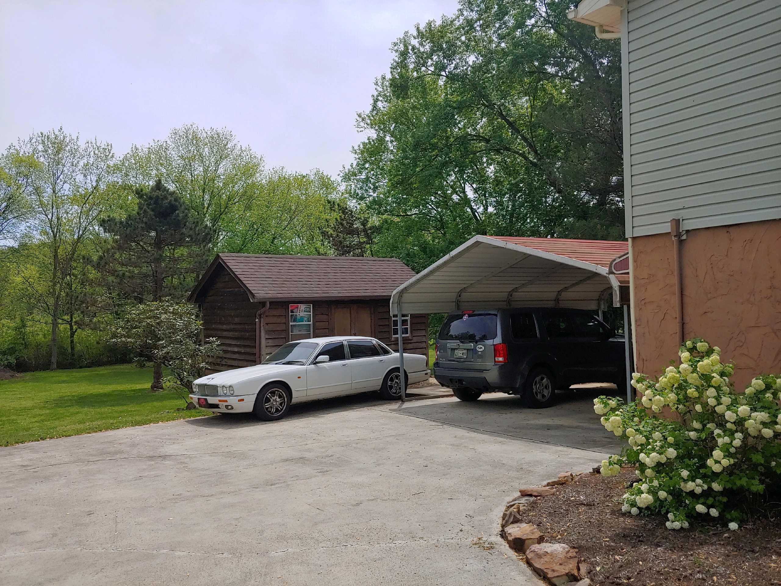 1261 Apple Creek Drive Drive, Louisville, Tennessee 37777, 3 Bedrooms Bedrooms, ,3 BathroomsBathrooms,Single Family,For Sale,Apple Creek Drive,1080284