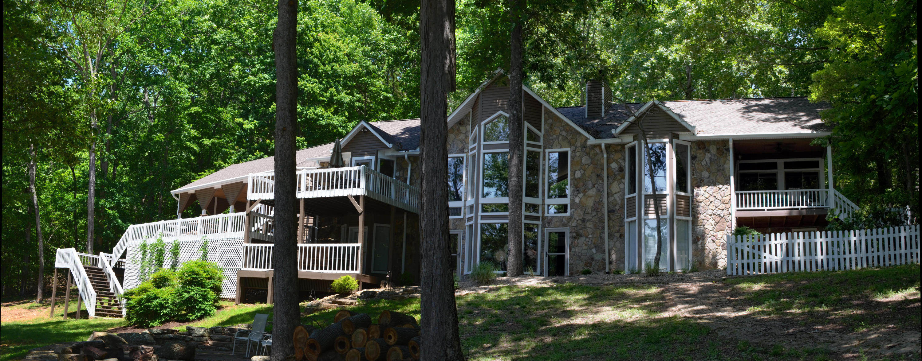 126 Little Fawn Point: