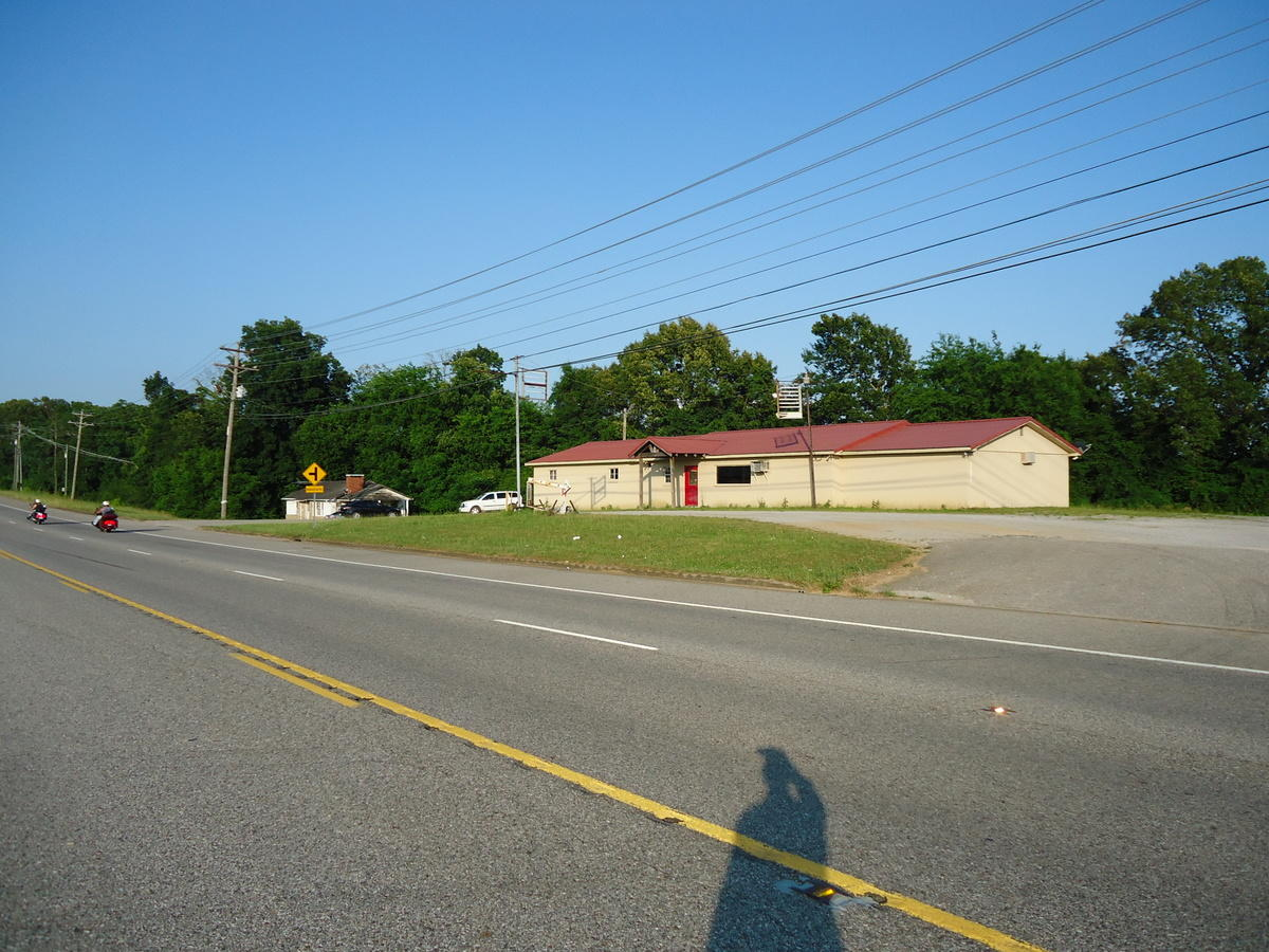 825 Highway 411, Vonore, Tennessee 37885, ,Commercial,For Sale,Highway 411,1082052
