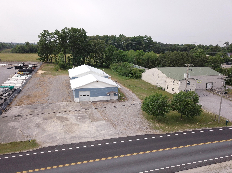 210 Maryetta St, Crossville, Tennessee 38555, ,Commercial,For Sale,Maryetta,1082868