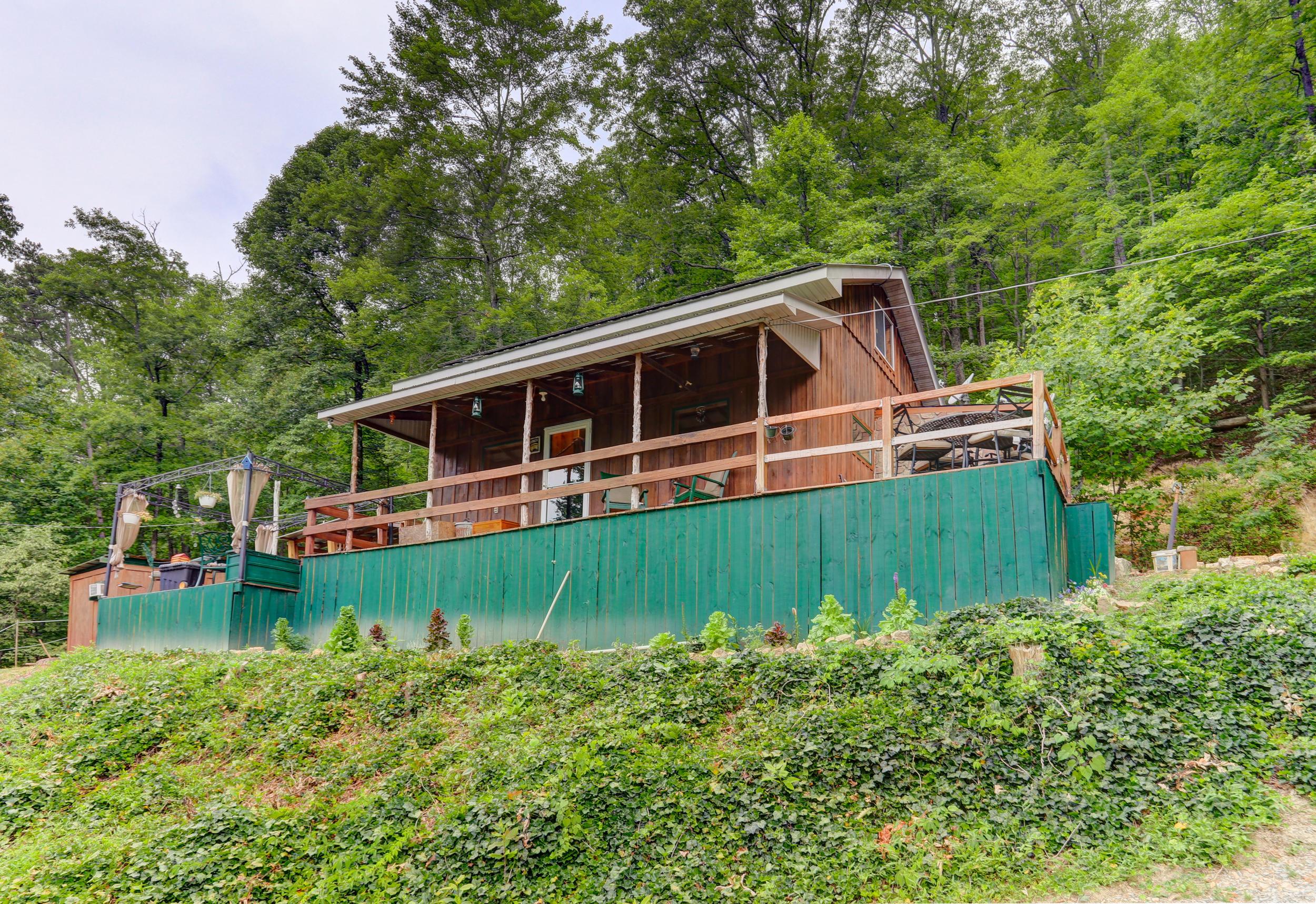 1018 Cloud Creek Rd, Rogersville, Tennessee 37857, 1 Bedroom Bedrooms, ,1 BathroomBathrooms,Single Family,For Sale,Cloud Creek,1082431