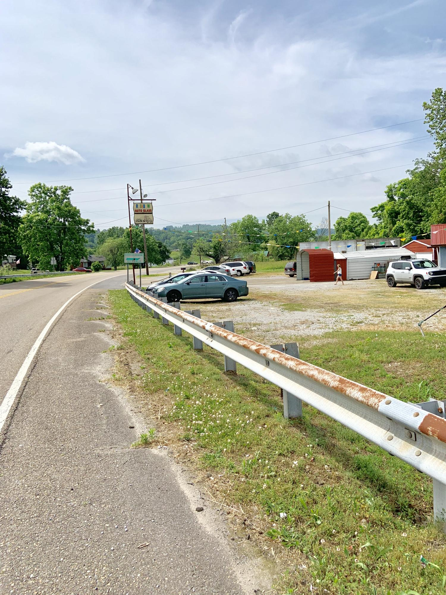 224 Us-25e Scenic, Tazewell, Tennessee 37879, ,Commercial,For Sale,Us-25e Scenic,1083281