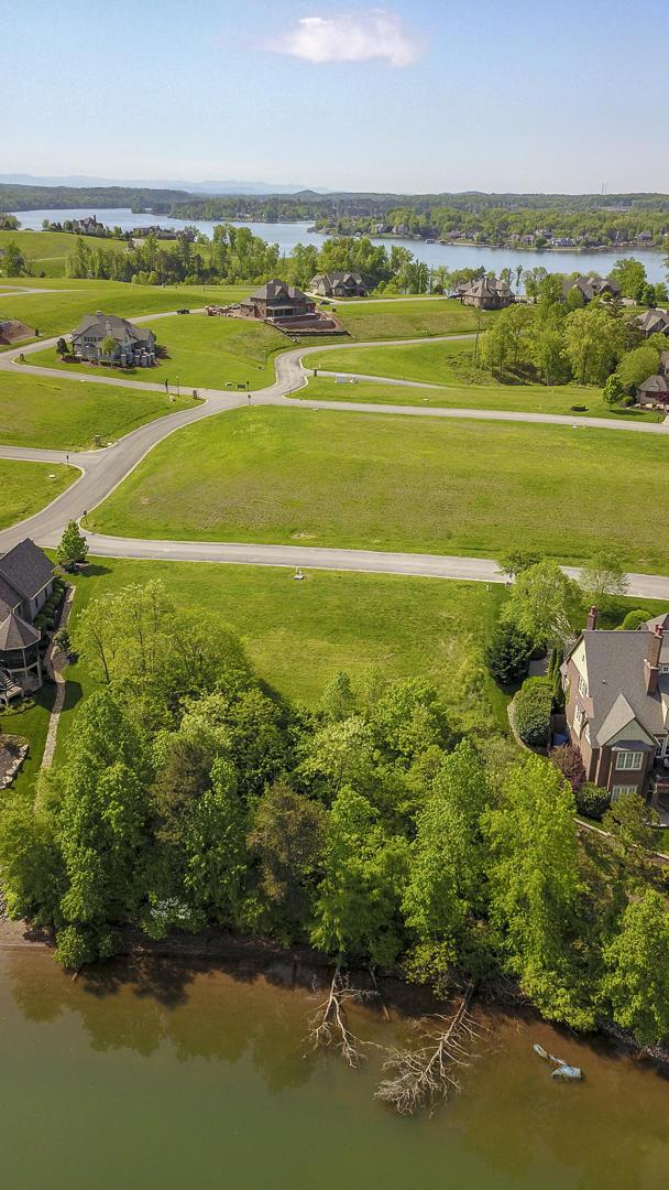 204 Cypress Pointe Drive: