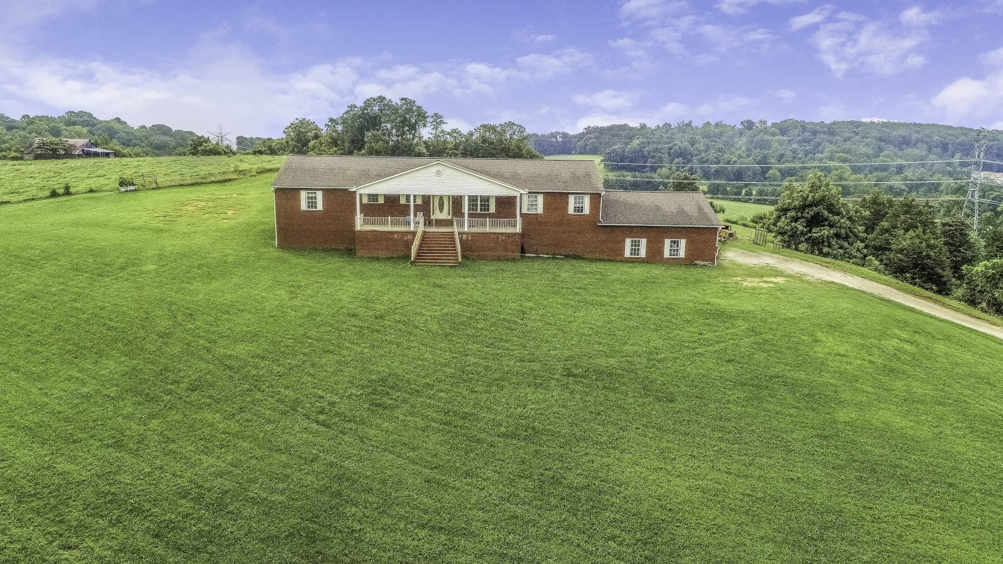 7005 Fairview Rd, Corryton, Tennessee 37721, 3 Bedrooms Bedrooms, ,4 BathroomsBathrooms,Single Family,For Sale,Fairview,1088497