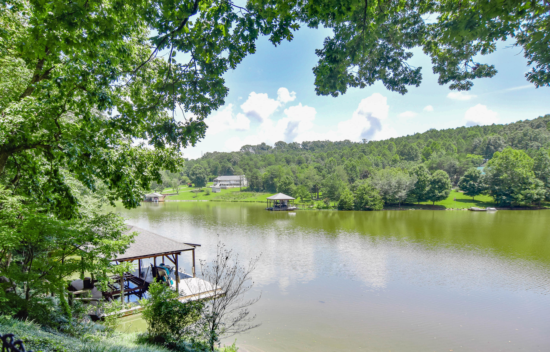457 Lakeside Rd: