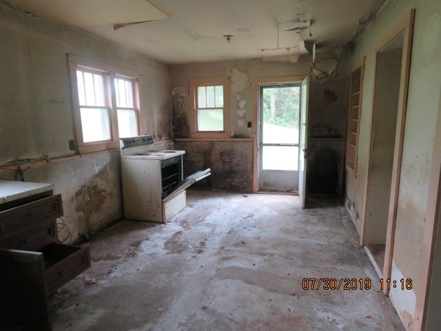 1037 Towe String, Jacksboro, Tennessee, United States 37757, 1 Bedroom Bedrooms, ,1 BathroomBathrooms,Single Family,For Sale,Towe String,1089322