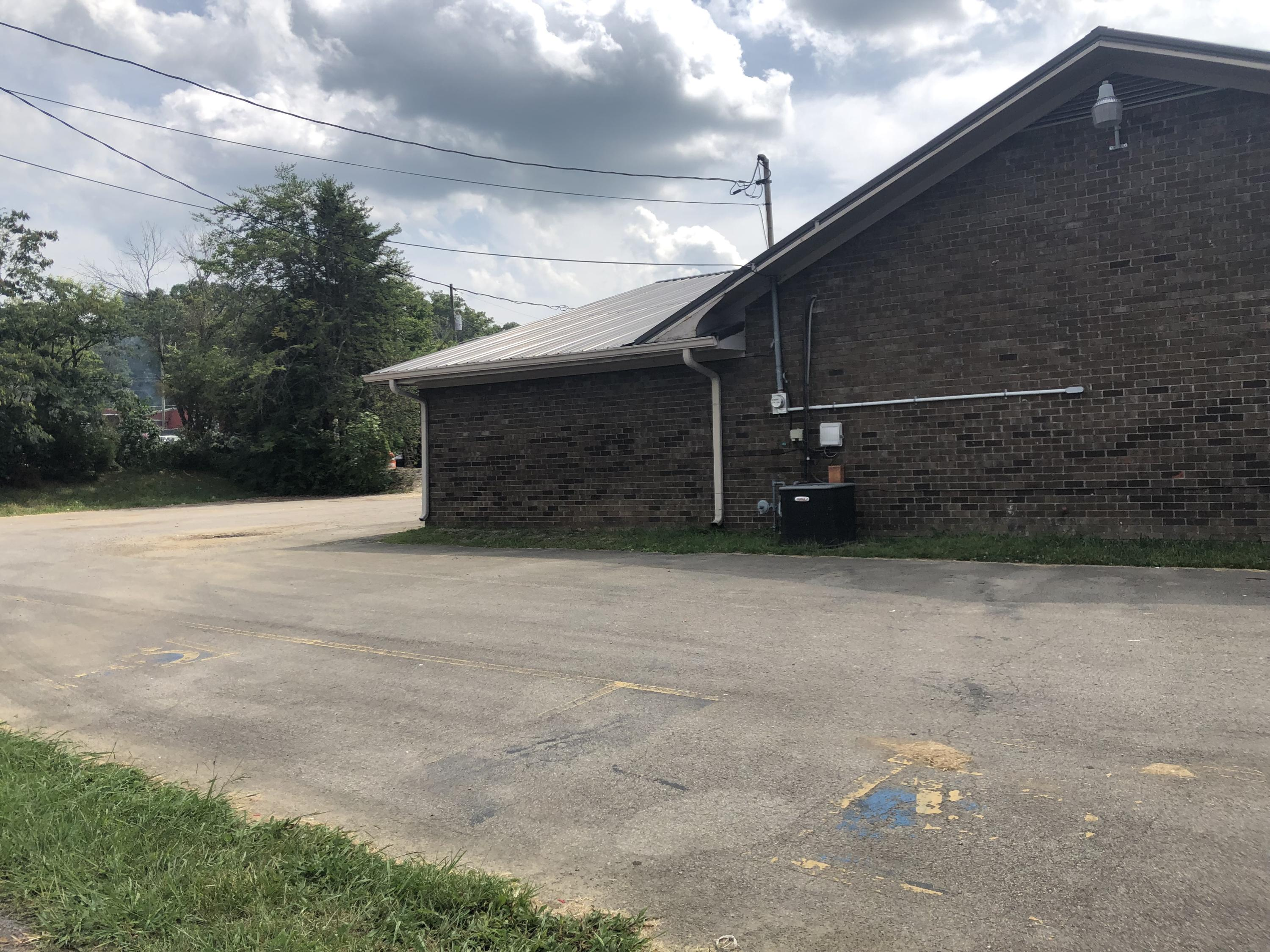 4259 Highway 411, Madisonville, Tennessee 37354, ,Commercial,For Sale,Highway 411,1080756
