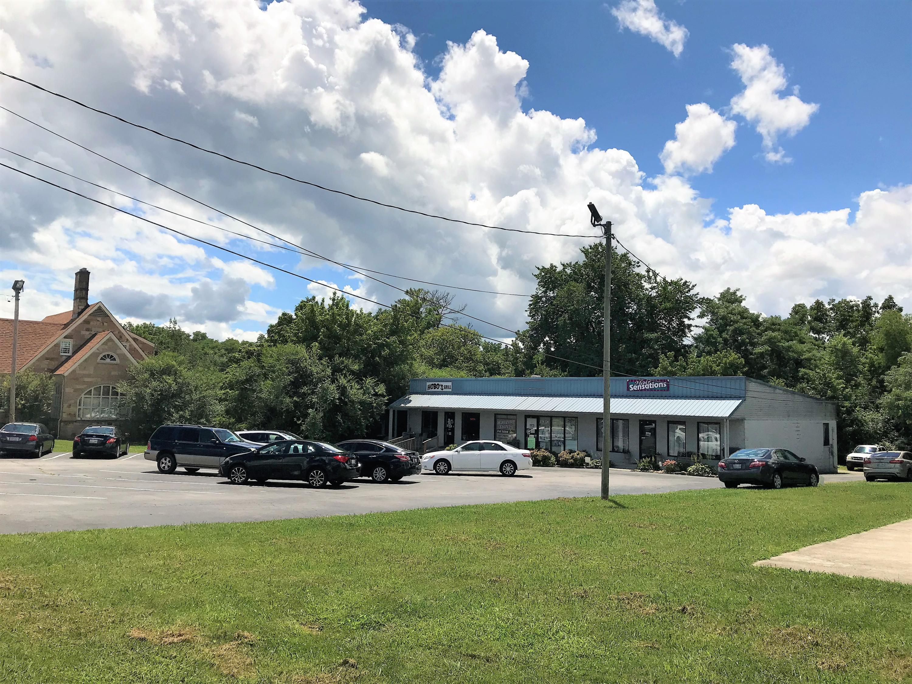 609 West Ave, Crossville, Tennessee 38555, ,Commercial,For Sale,West,1091346