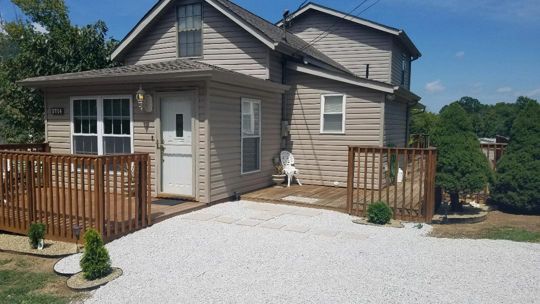 3714 Lake City Hwy, Rocky Top, Tennessee 37769, 2 Bedrooms Bedrooms, ,1 BathroomBathrooms,Single Family,For Sale,Lake City,1083010